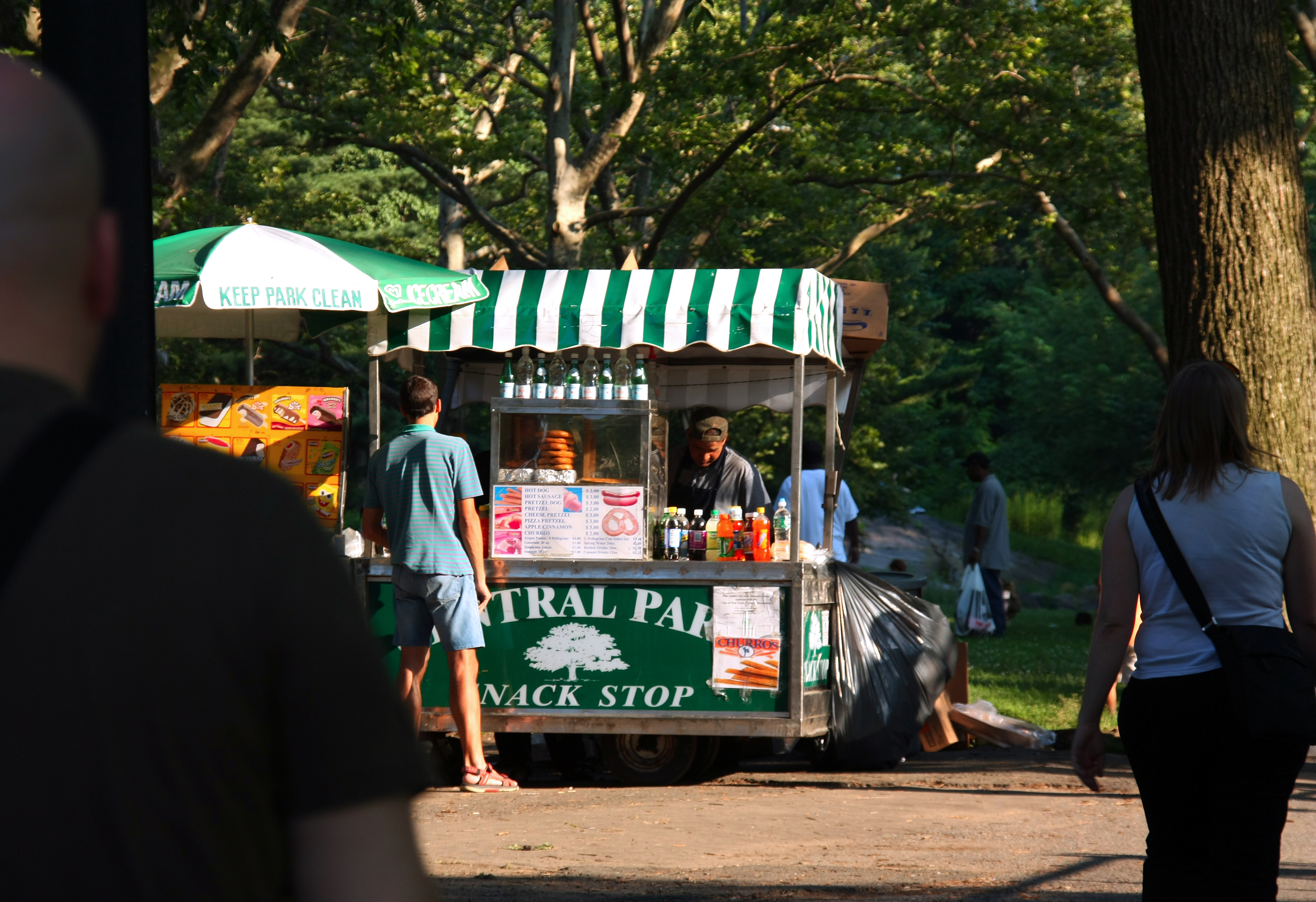 Top 5 places to eat and drink in central park bike for Best places to go in central park