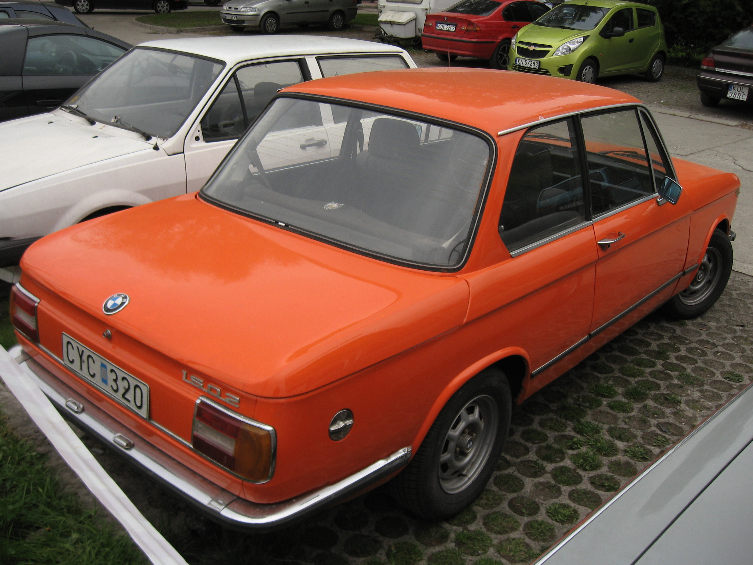 File:Orange BMW 1502 on a parking lot in Kraków (3).jpg