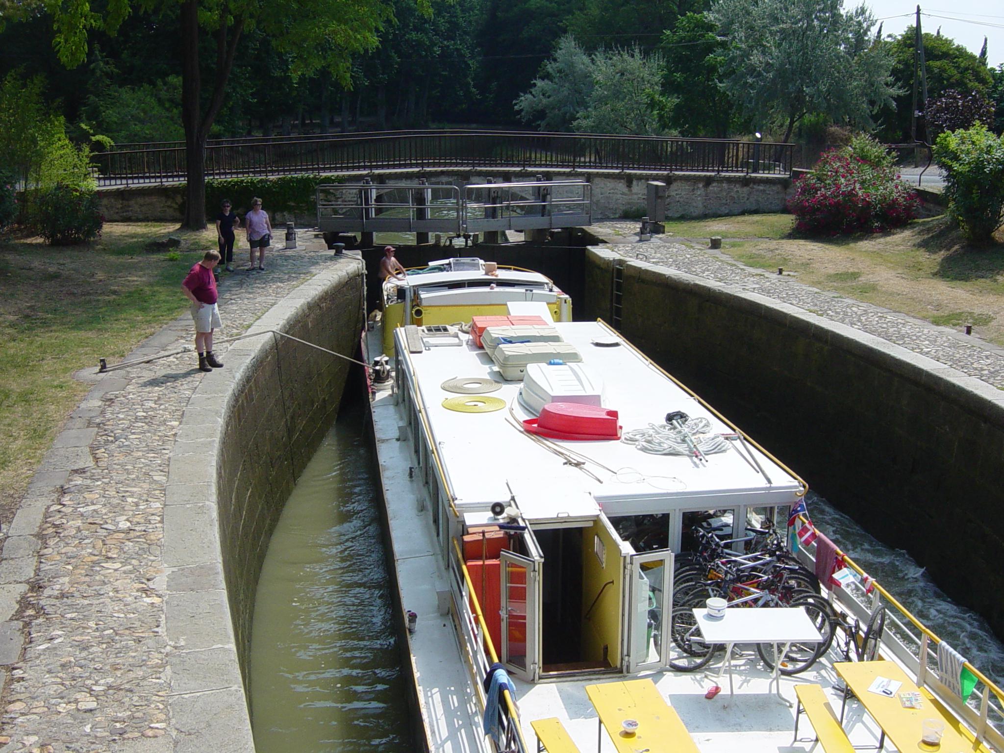 P�niche Le Tourville �cluse de l Aiguille Canal-du-Midi.JPG