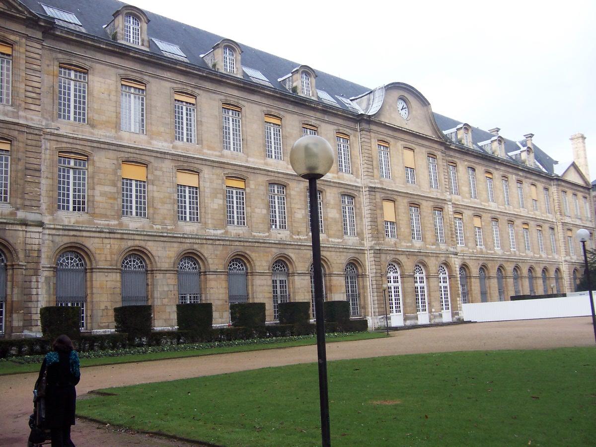 Hotel Des Jardins Du Marais