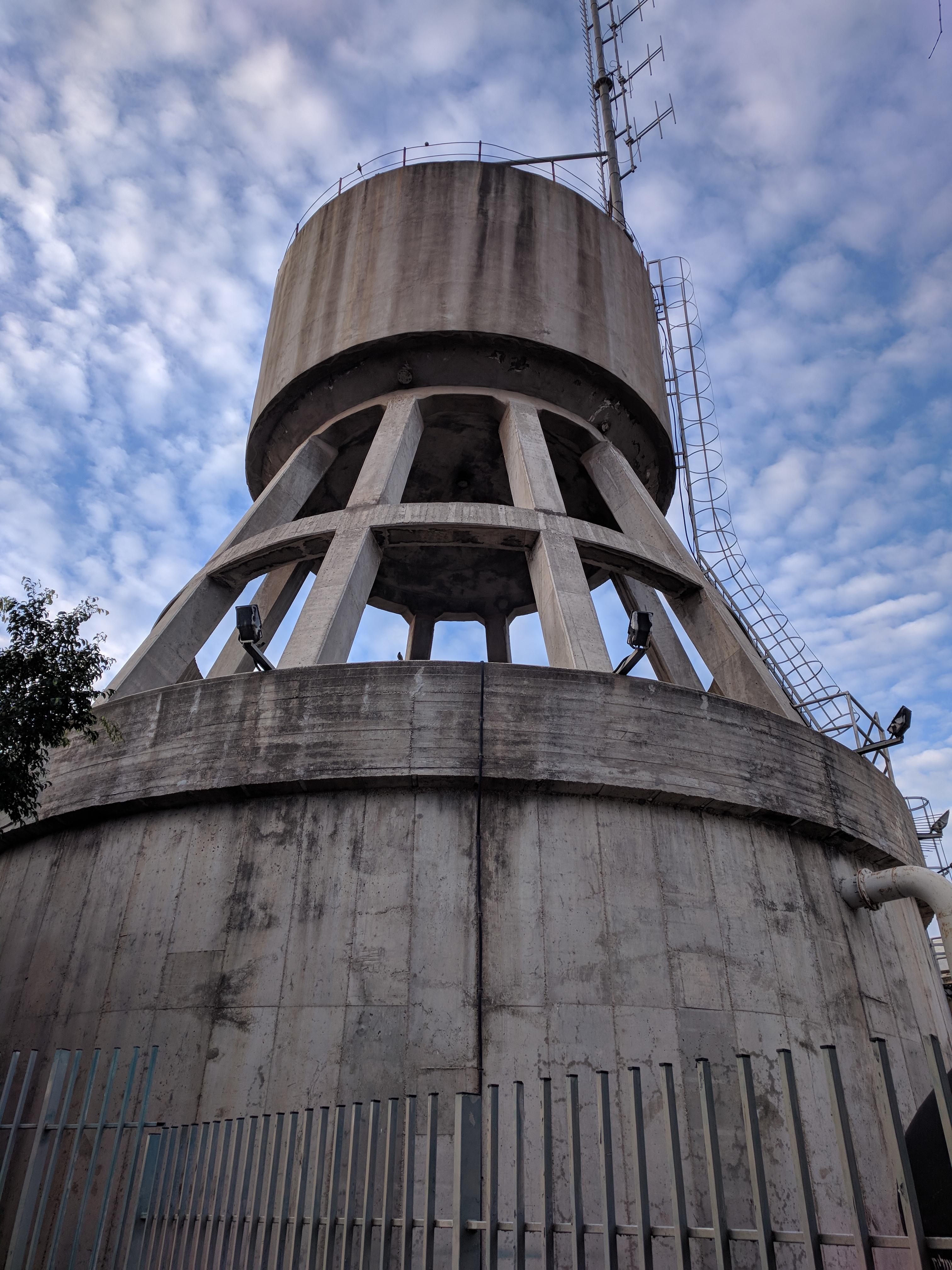 מגדל מים בנוה מגן