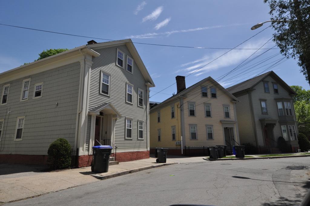 Rhode Island Ave Ne