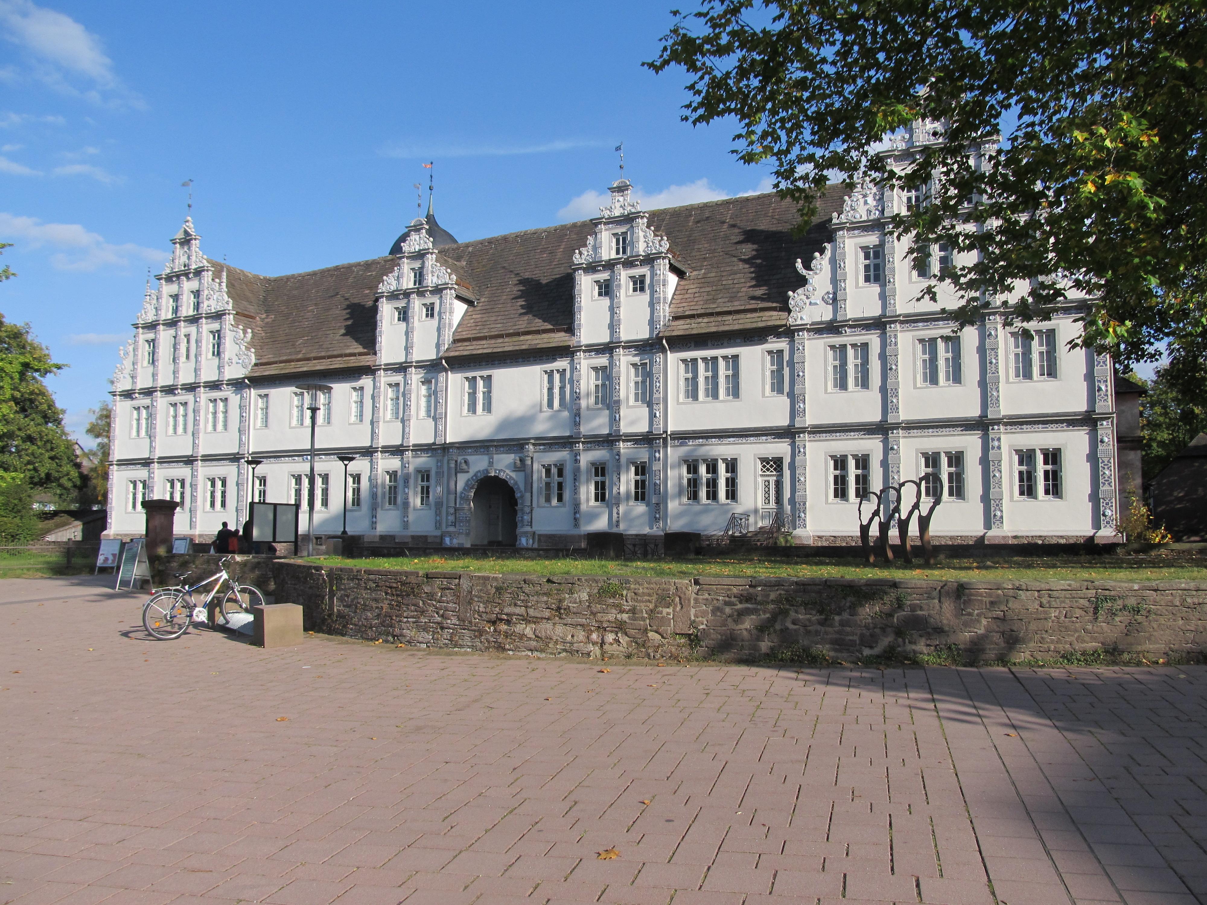 Schloss Bevern 2012.JPG