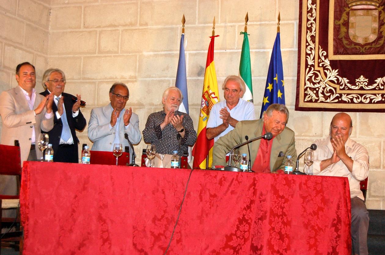 En el Seminario sobre Manuel Morao en 2016 (en el centro)