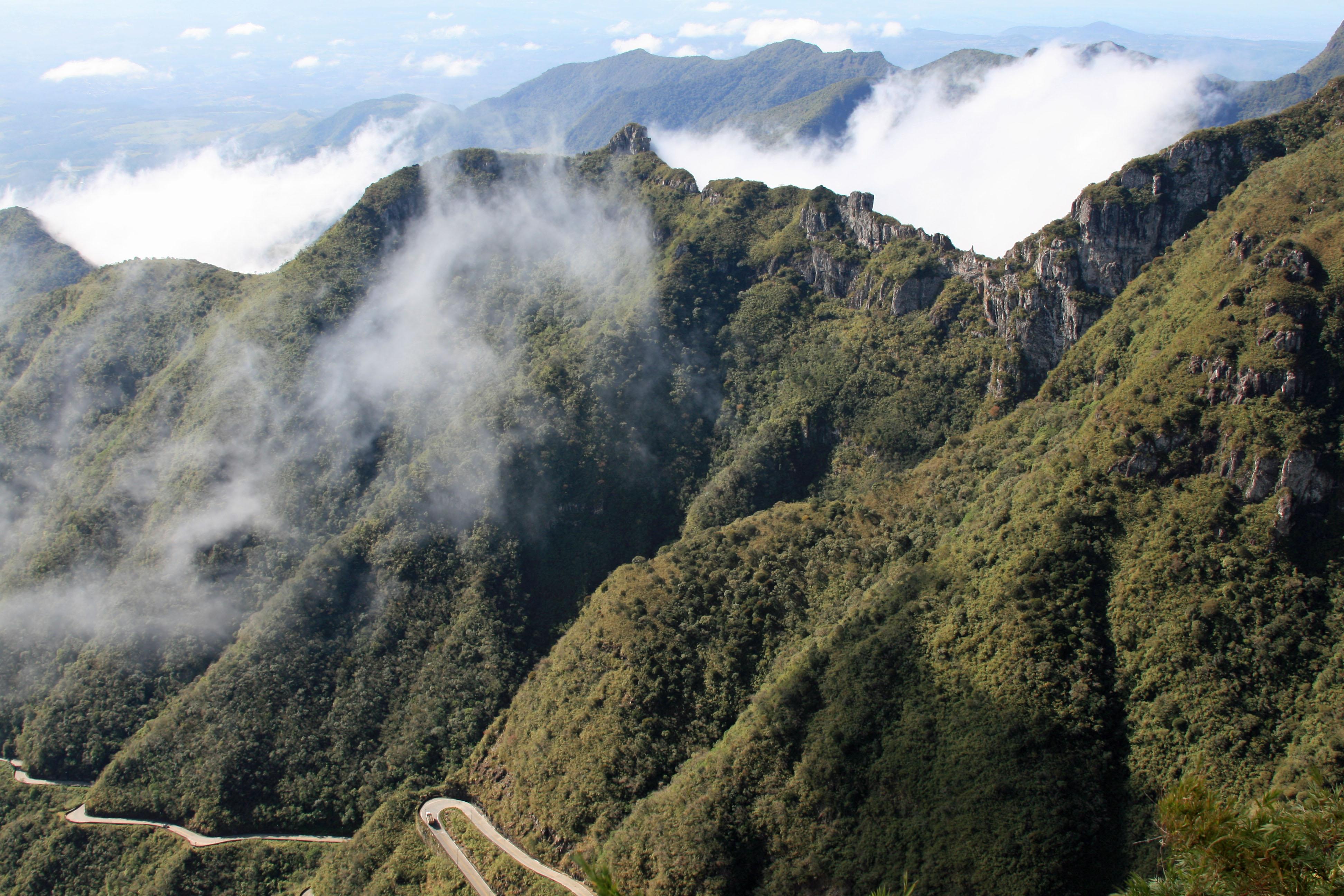 As 10 estradas mais bonitas do Brasil - Serra do Rio do Rastro