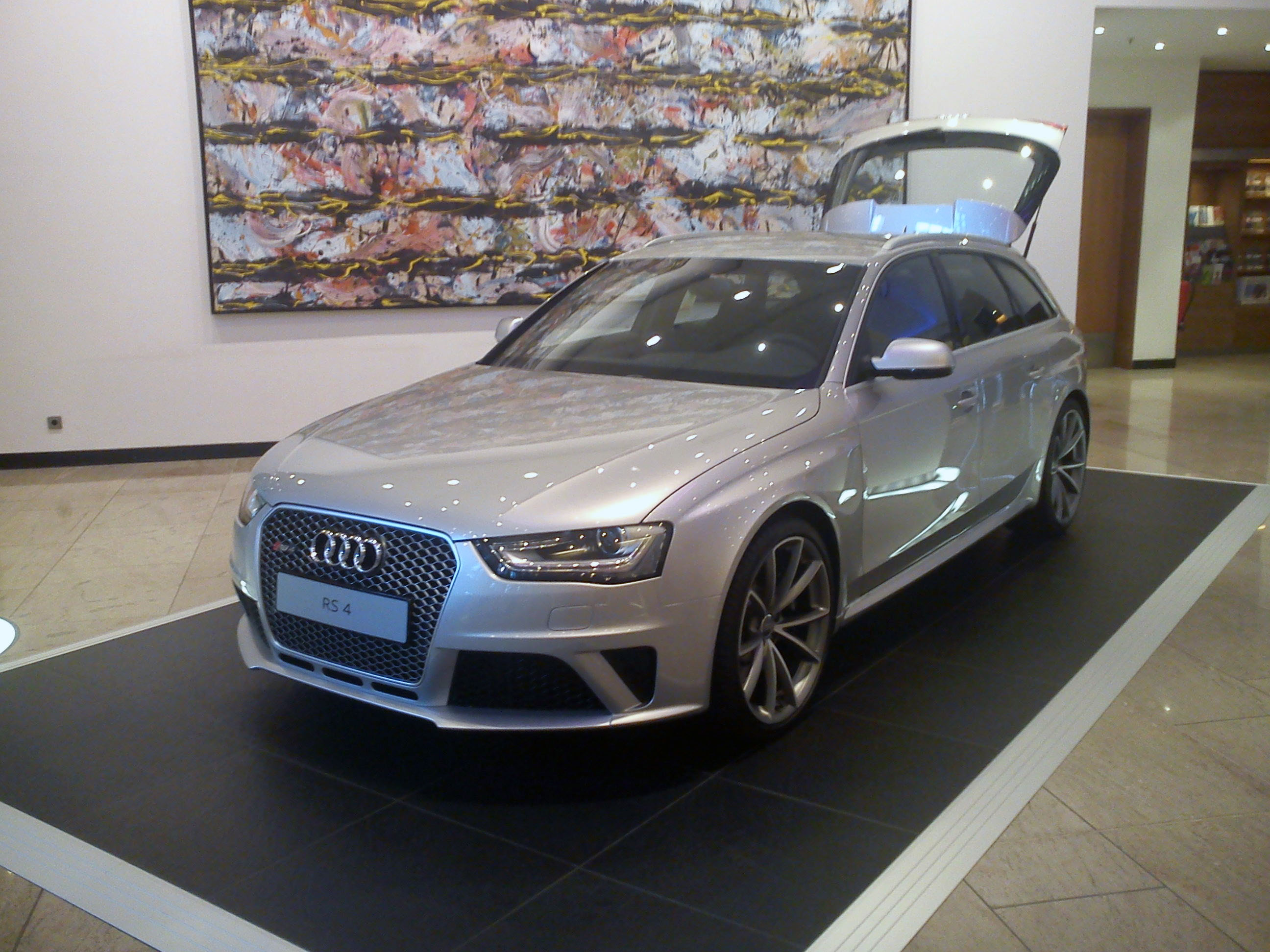 file silver audi rs4 avant b8 wikimedia commons. Black Bedroom Furniture Sets. Home Design Ideas