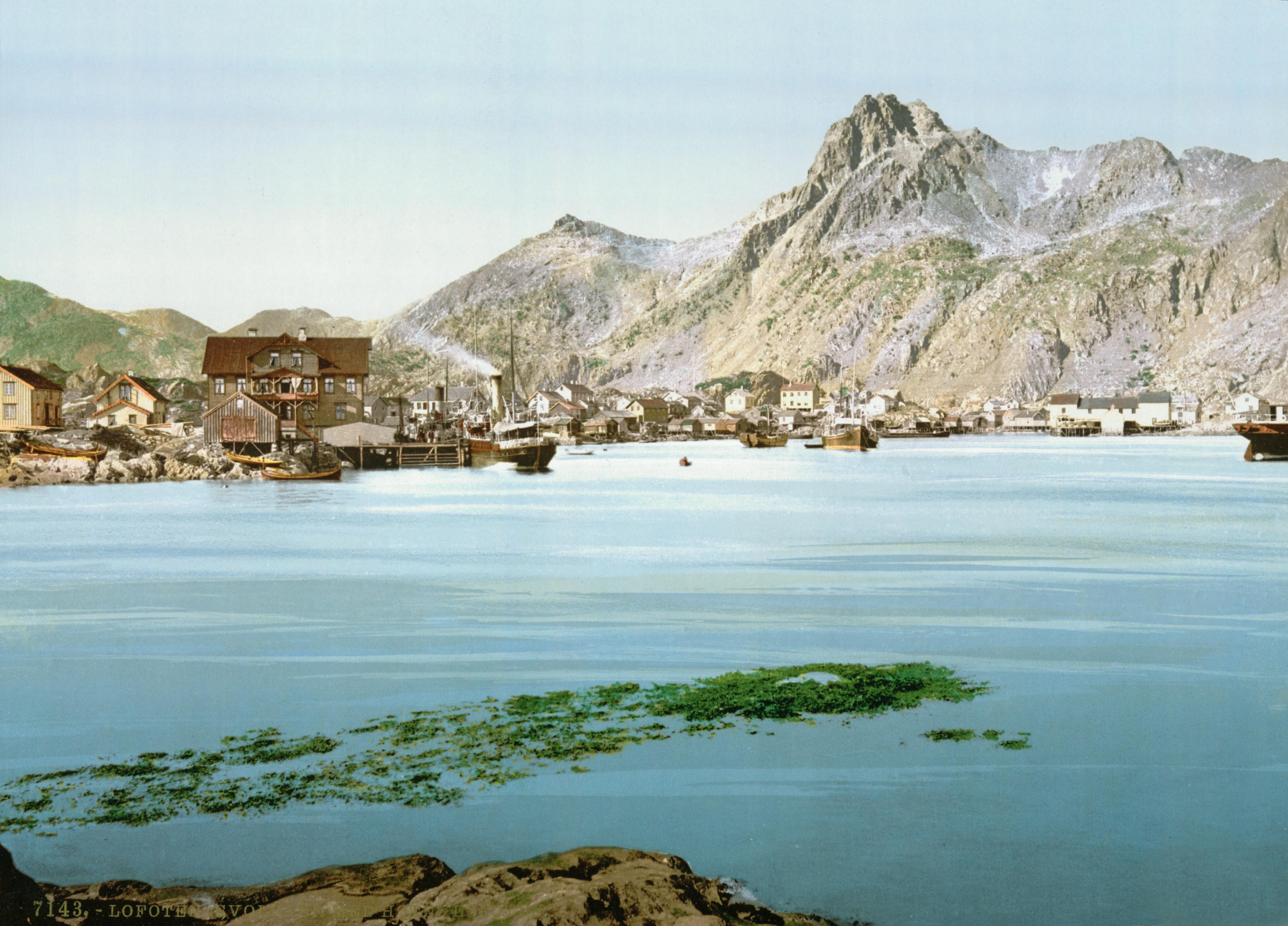 Svolvaer Norway  City new picture : Svolvaer with Hotel Lofoten, Lofoten, Norway Wikimedia ...
