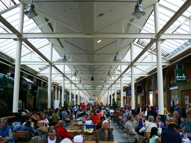 Swindon Outlet Food Court