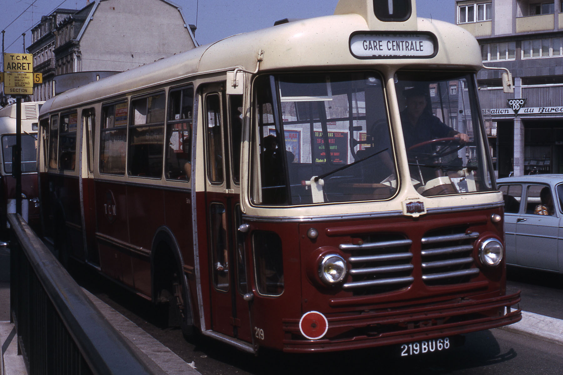 file tcm bus ligne 1 1966 wikimedia commons. Black Bedroom Furniture Sets. Home Design Ideas