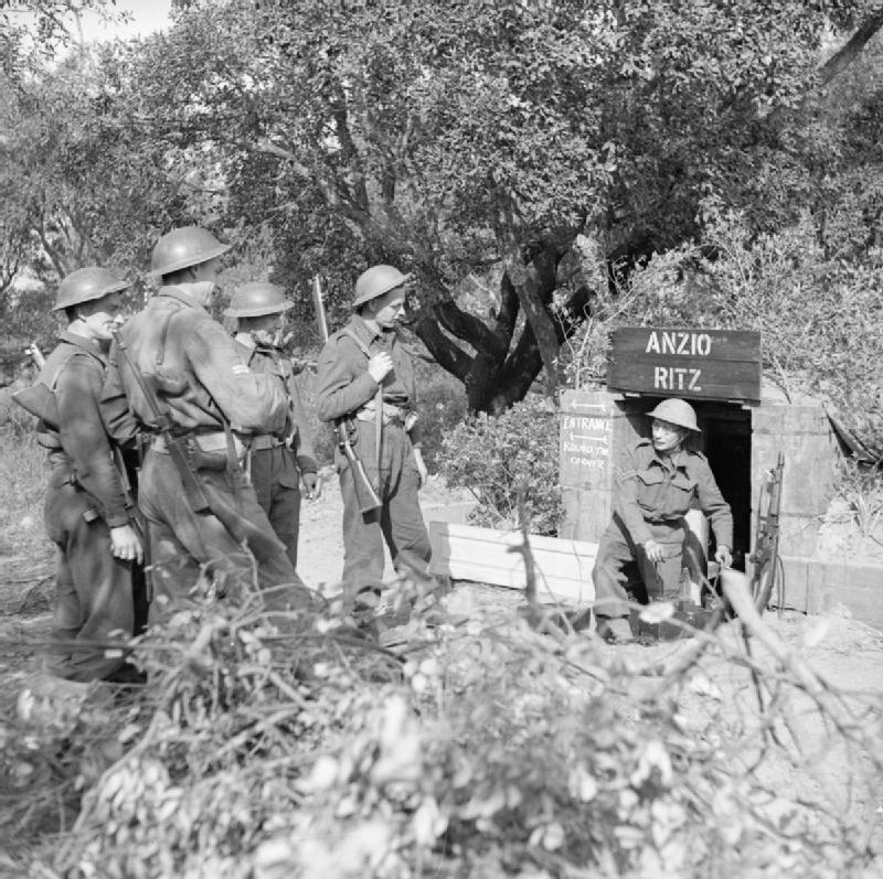 File:The British Army in Italy 1944 NA13256 jpg - Wikimedia