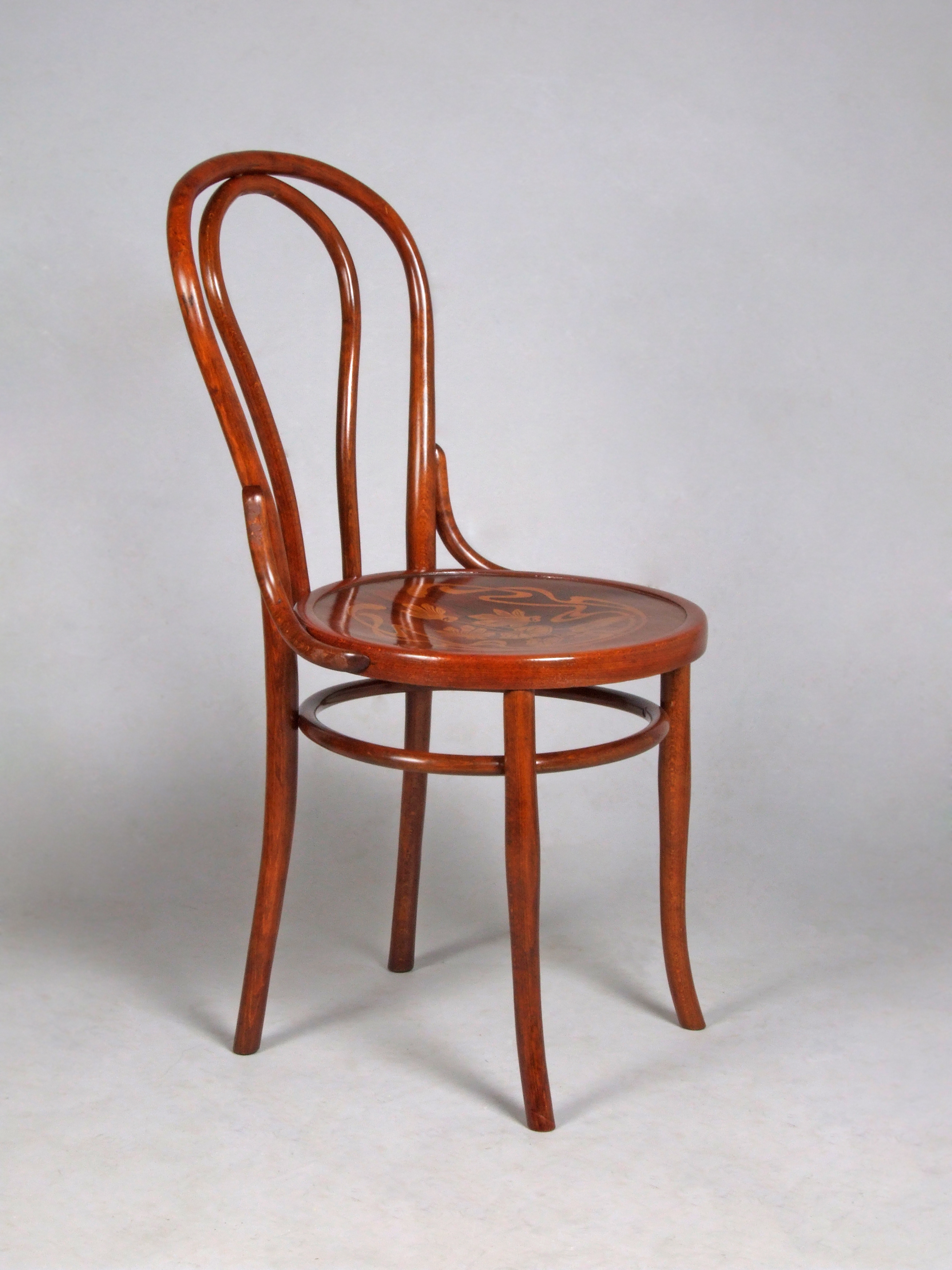 File Thonet chair no 18 Wikimedia mons