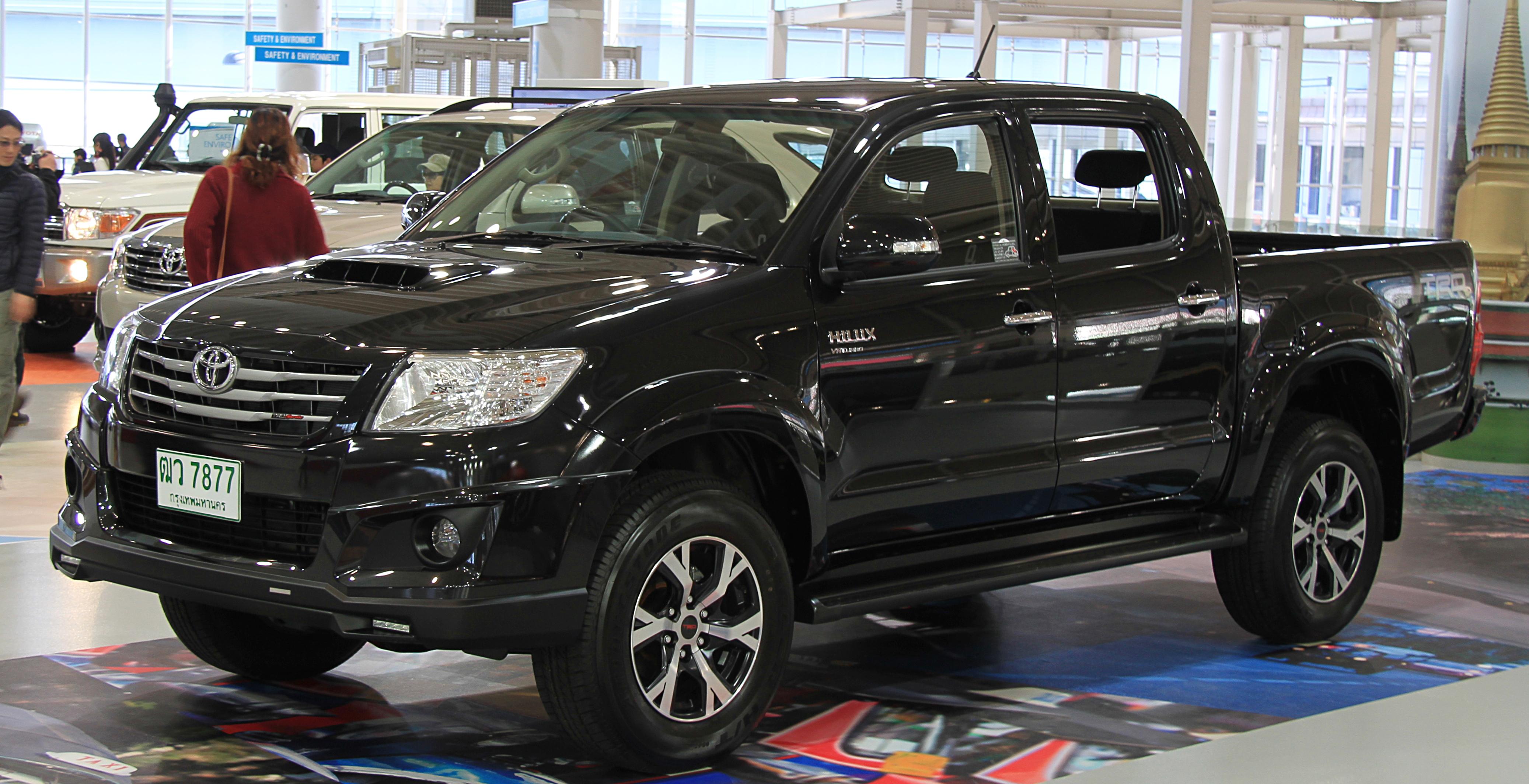 File:Toyota Hilux Vigo Champ TRD.jpg