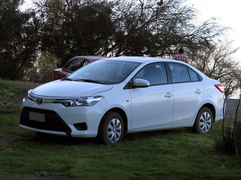 Kekurangan Toyota Yaris 2015 Review