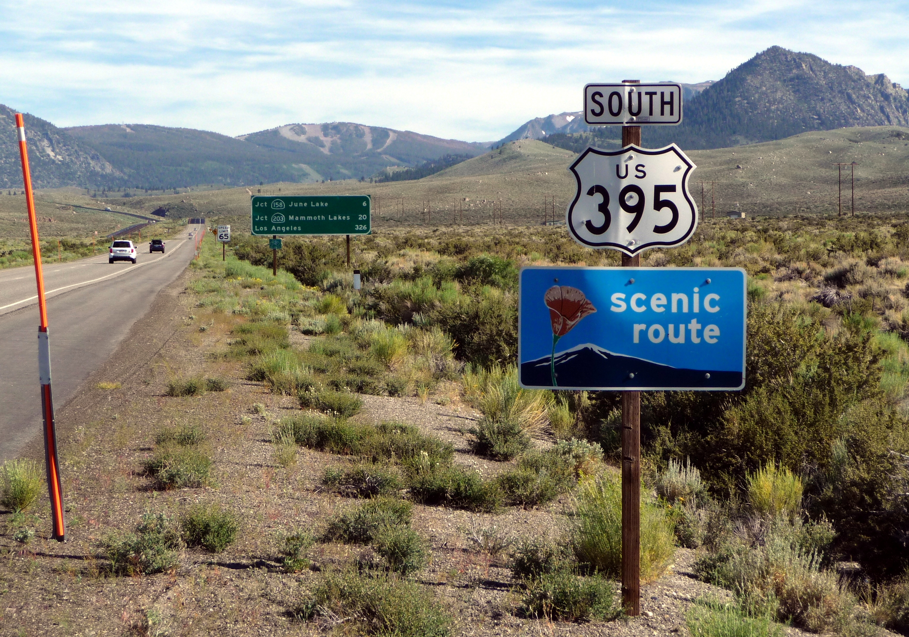 File:US 395 South sign near Mono Craters.JPG