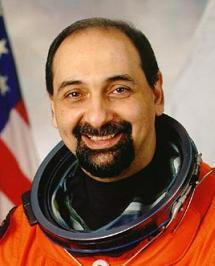 http://upload.wikimedia.org/wikipedia/commons/6/6f/Umberto_Guidoni_NASA.jpg