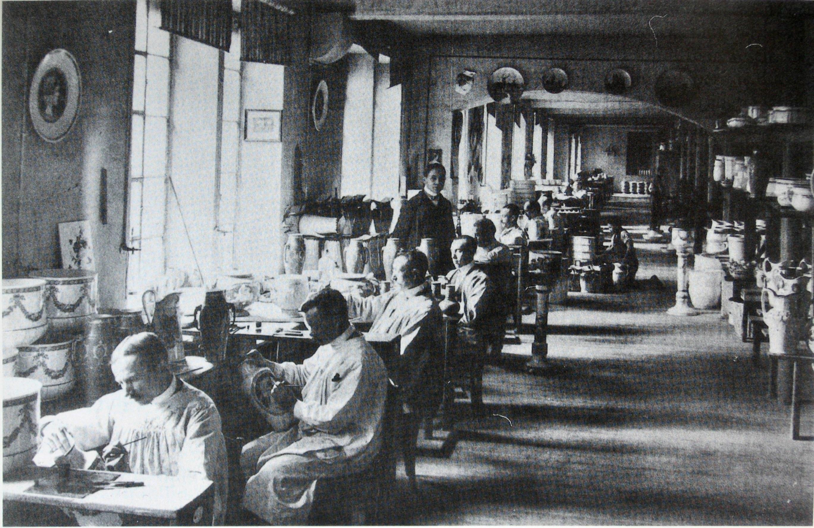 VilleRoy_Boch_Keramikmaler_1893 Luxus Villeroy Und Boch Keramik Dekorationen