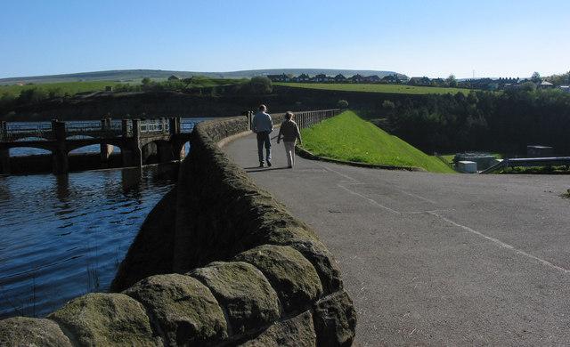 Walkway over the Wayoh Reservoir - geograph.org.uk - 368831