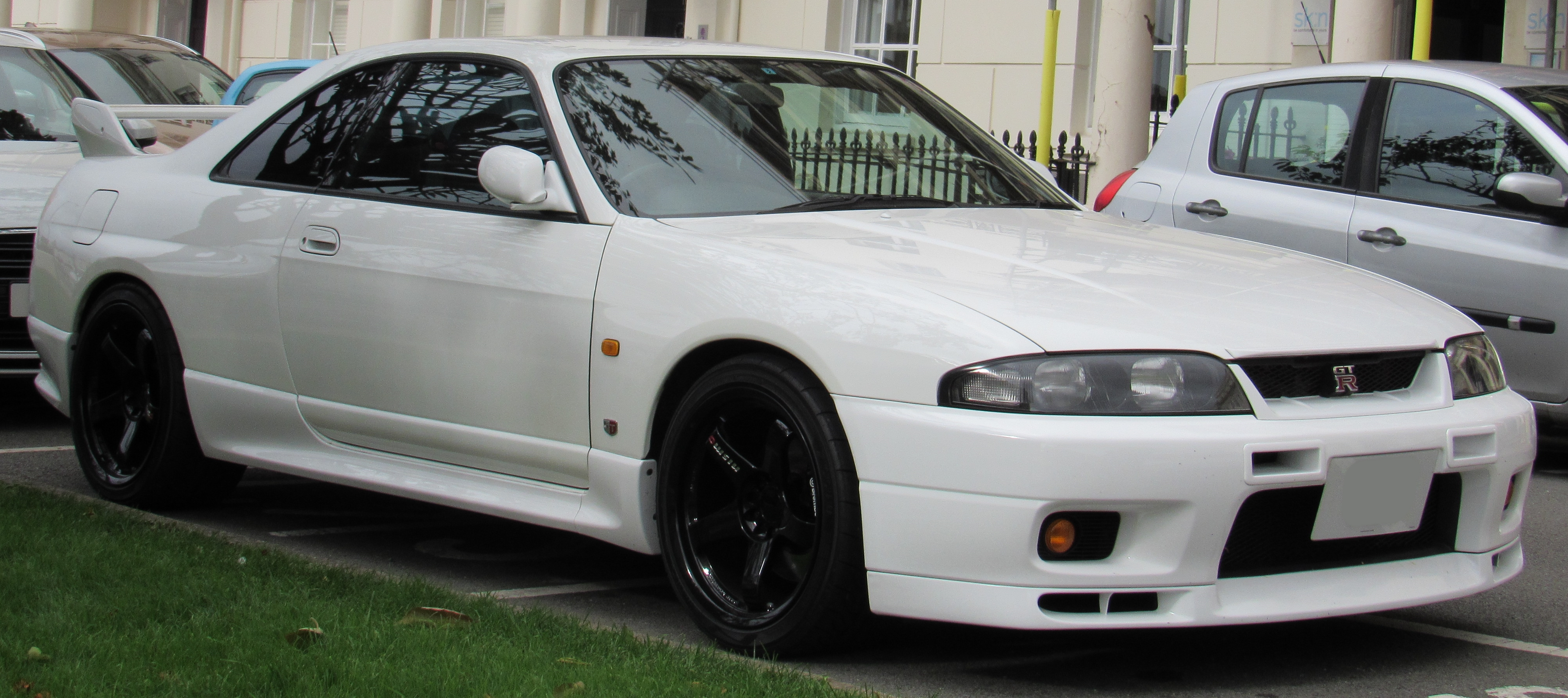 File:1997 Nissan Skyline GTR R33 2 6 jpg - Wikimedia Commons