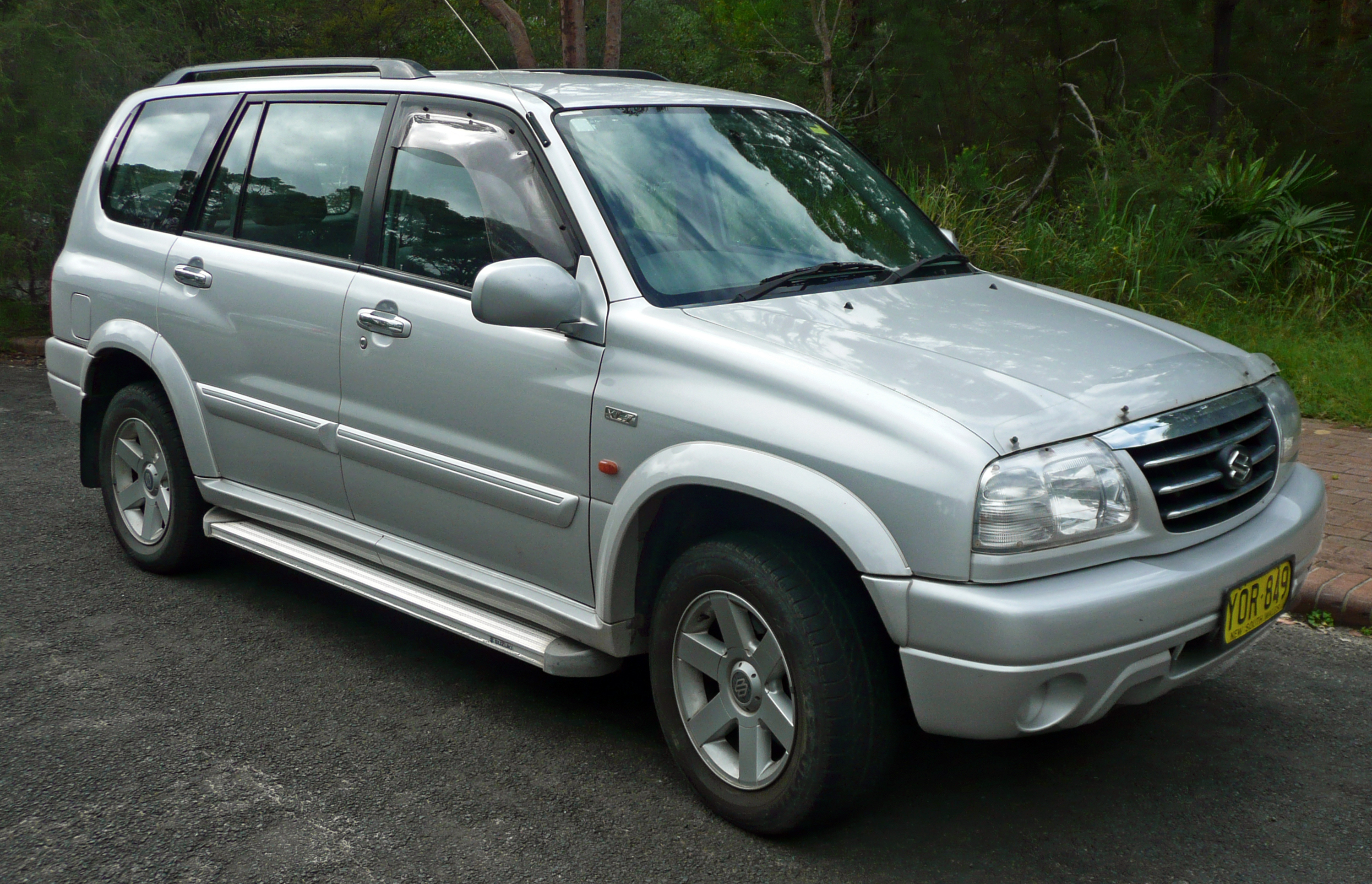 File:2001-2003 Suzuki Grand Vitara XL-7 (JA) wagon (2010-02-24) 01