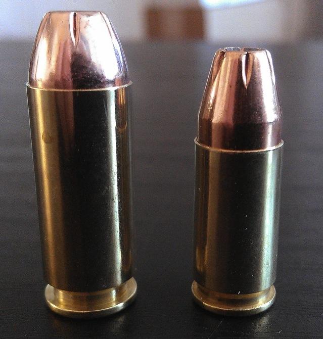 File:9mm Parabellum vs  10mm Auto jpg - Wikimedia Commons