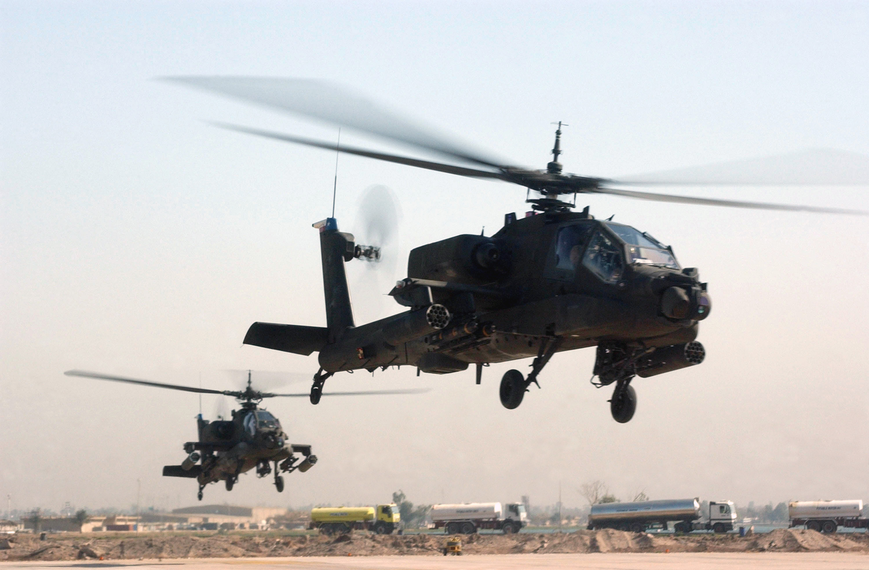 armée americaine - Page 2 AH-64_Apache_(2233201139)