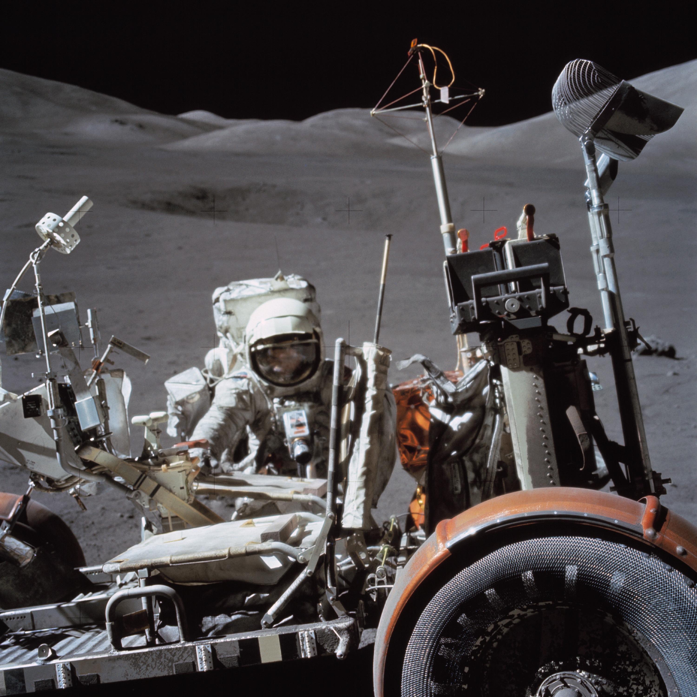 Moon Car De