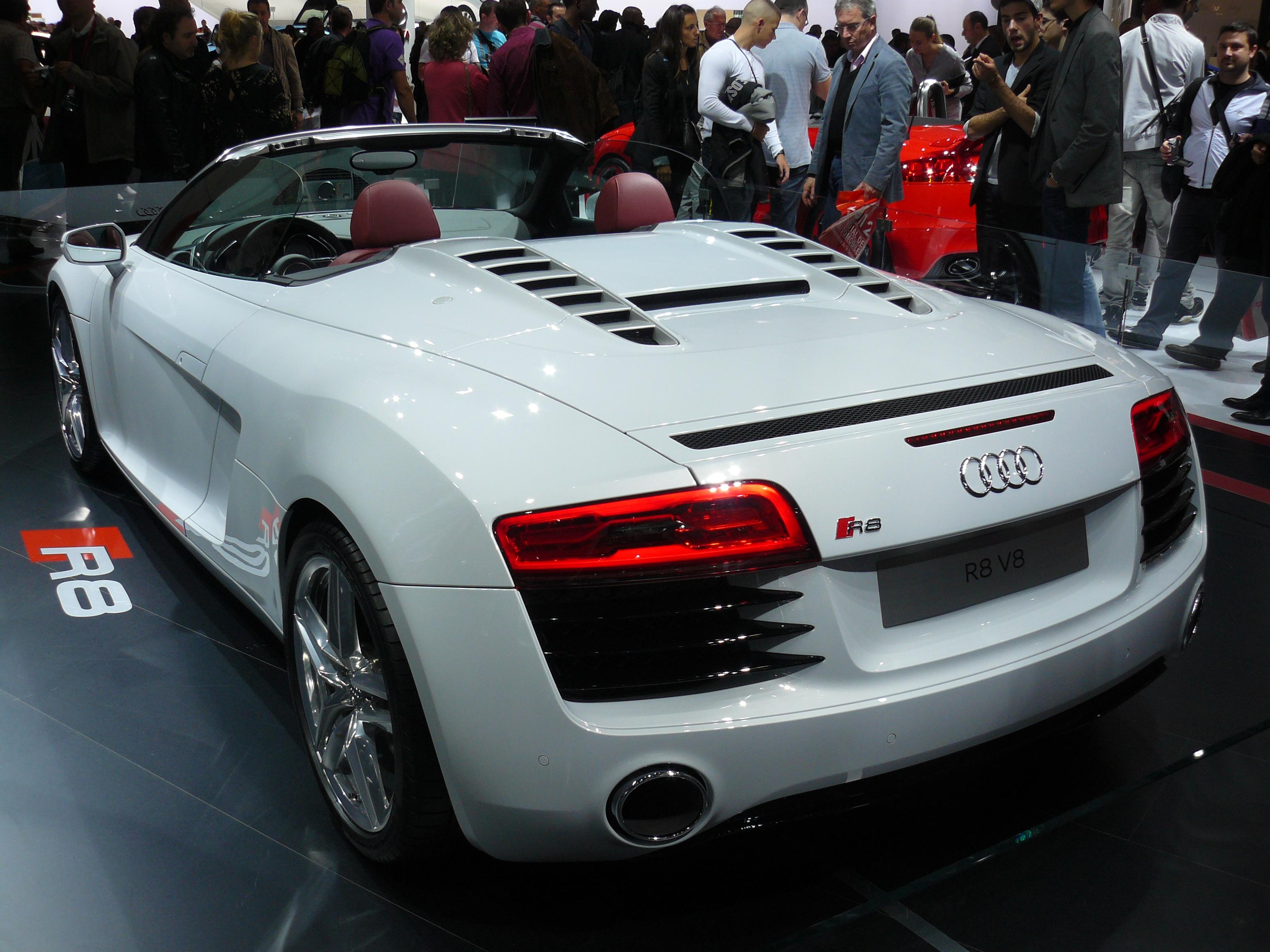 File Audi R8 V8 Spyder Jpg Wikimedia Commons