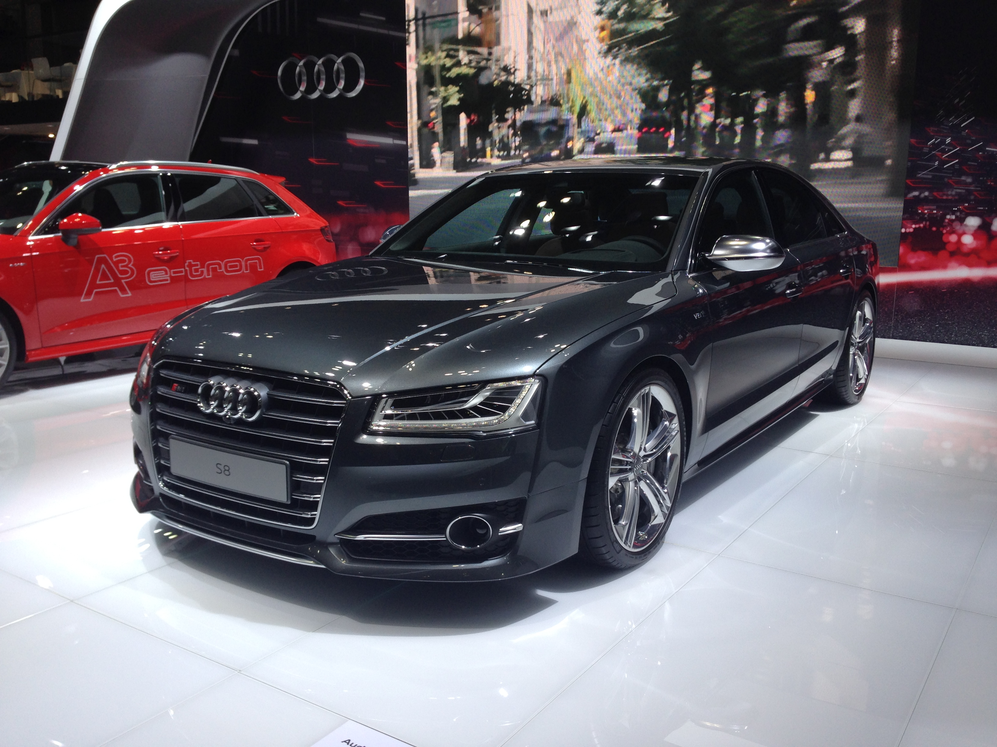 Audi A8 2018 >> File:Audi S8 - Tokyo Motor Show 2013.jpg - Wikimedia Commons