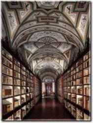 Una delle sale della biblioteca Borgetti