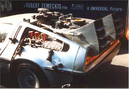 Ca Universal DeLorean