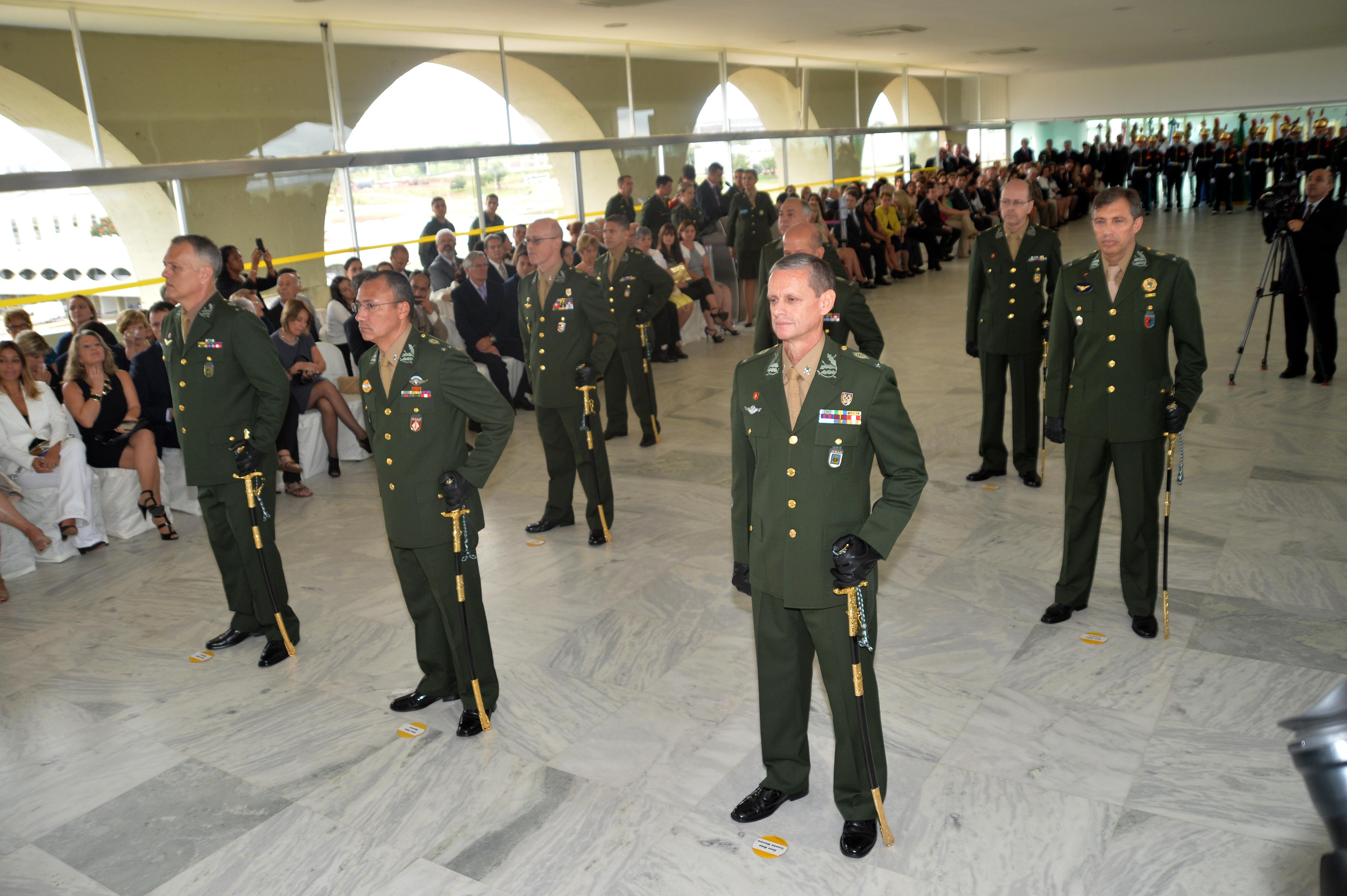 4f43634963e2e File:Cerimônia de entrega da Espada de general aos novos generais de Brigada,  no