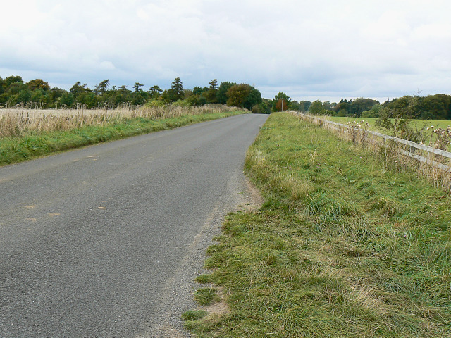 File:Chipping Norton Road towards its junction with the A361, near Chipping Norton - geograph.org.uk - 1514798.jpg