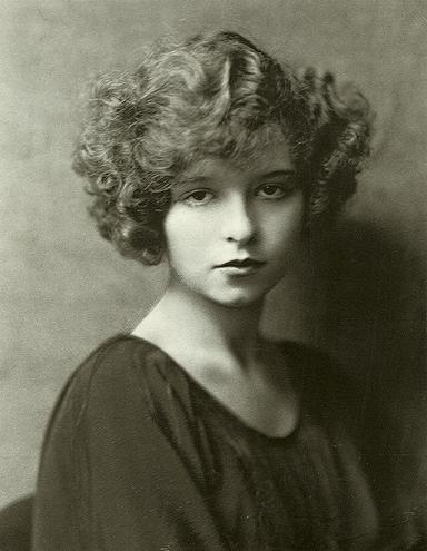 Clara Bow portrait 2