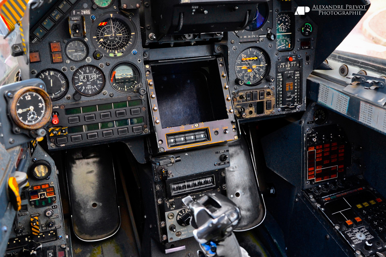 Pourquoi vous allez aimer les jeux d 39 avions le topic qui for Interieur mirage 2000