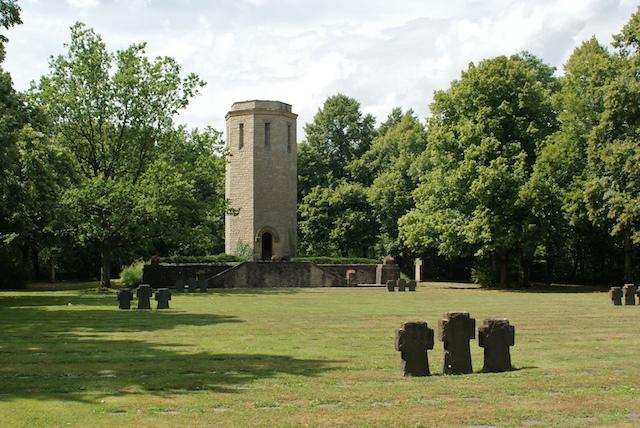 Ehrenfriedhof bitburg