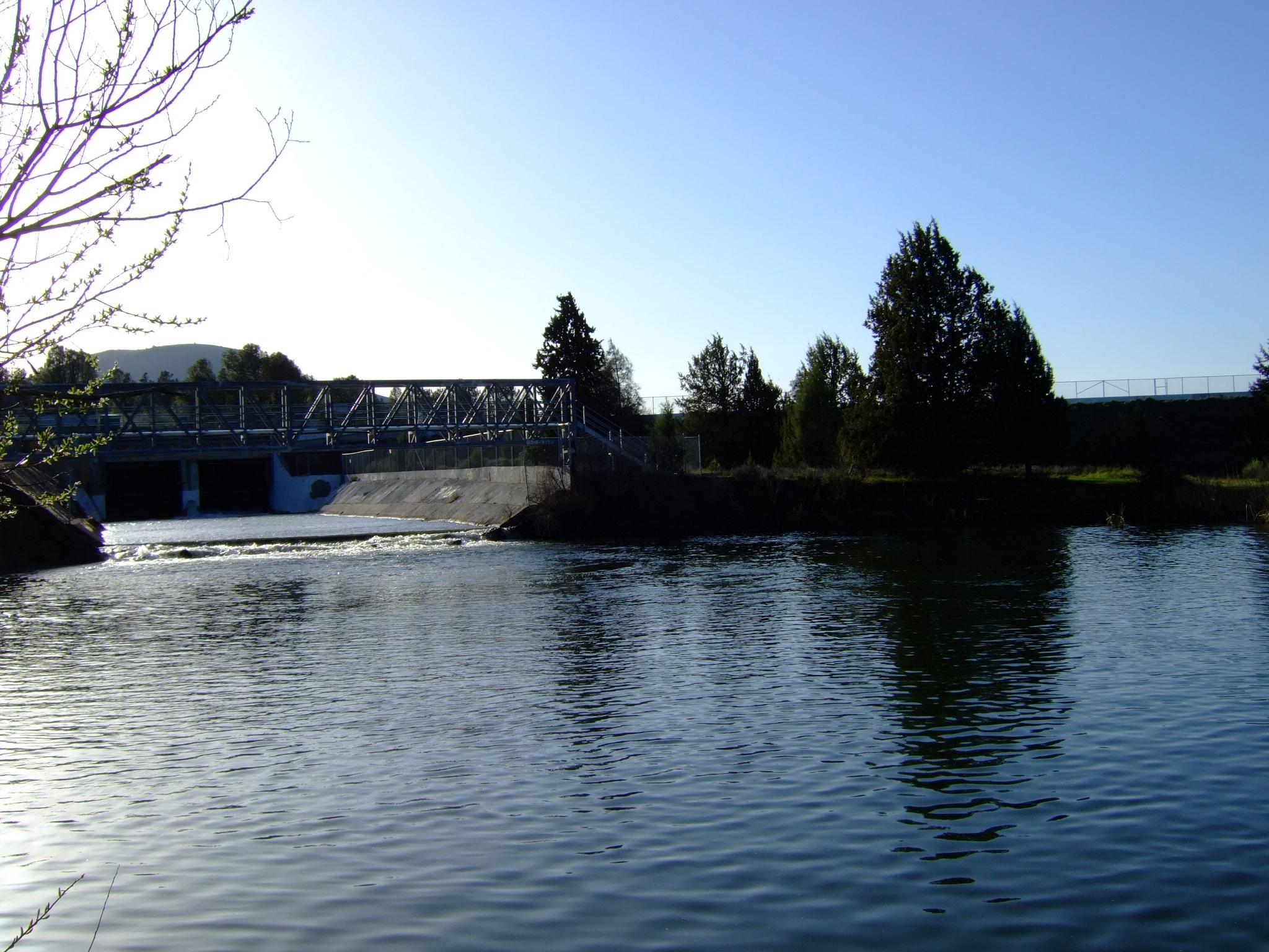 File:Fall River Dam.JPG - Wikimedia Commons