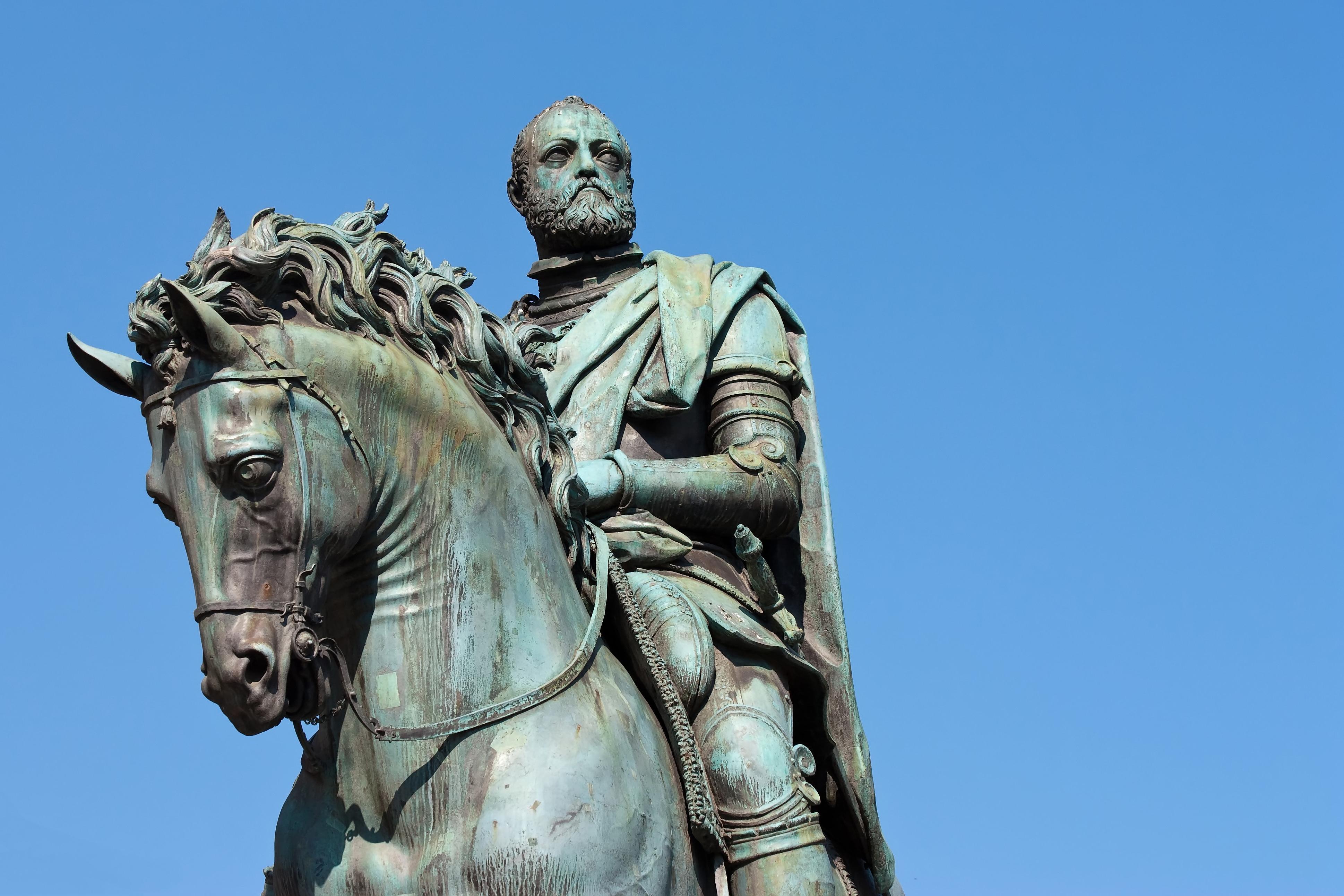 La statua equestre di Cosimo I de'Medici, (particolare), Piazza della Signoria, Firenze