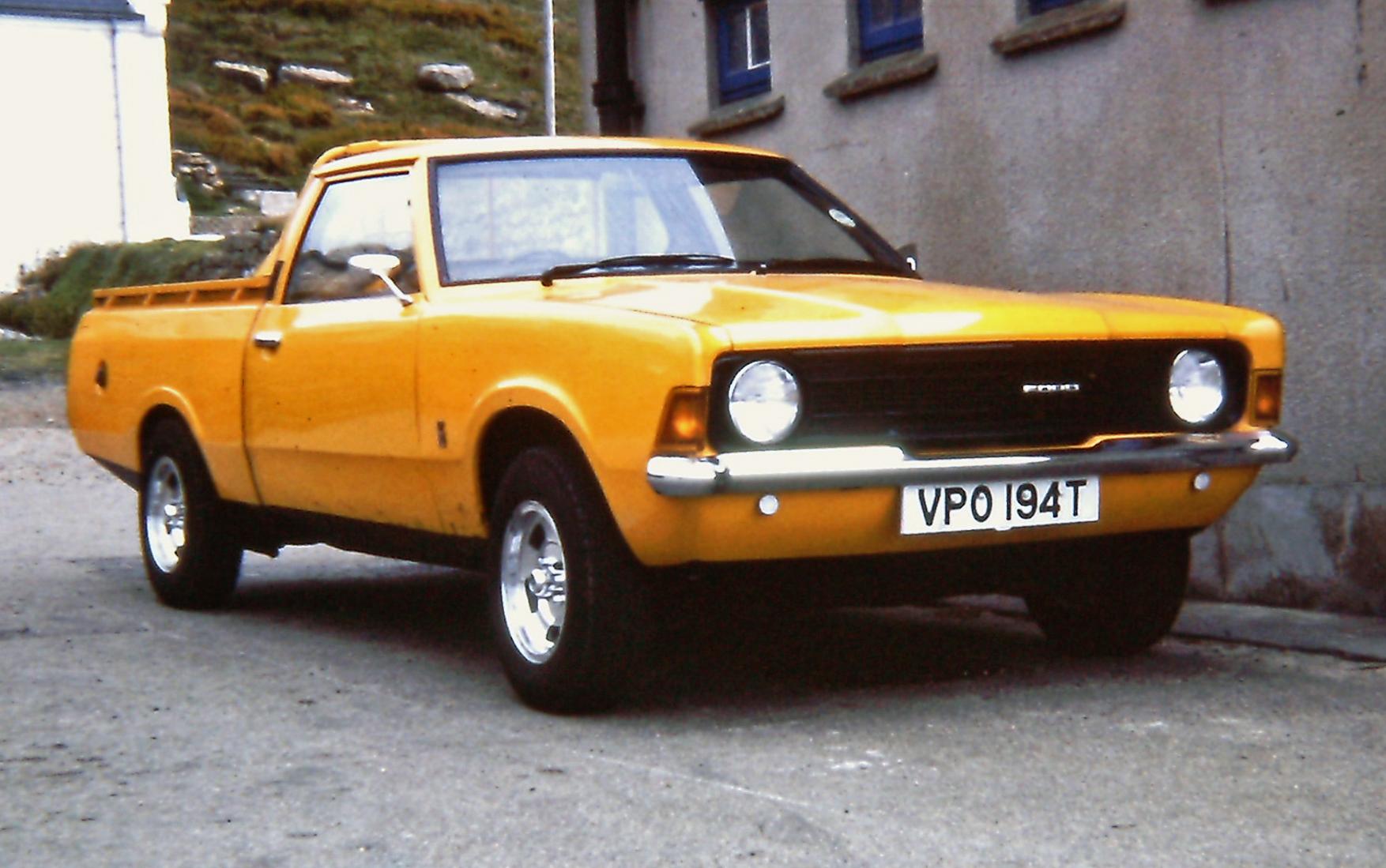 FileFord Cortina P100 Pick Up In UK Sep 1979