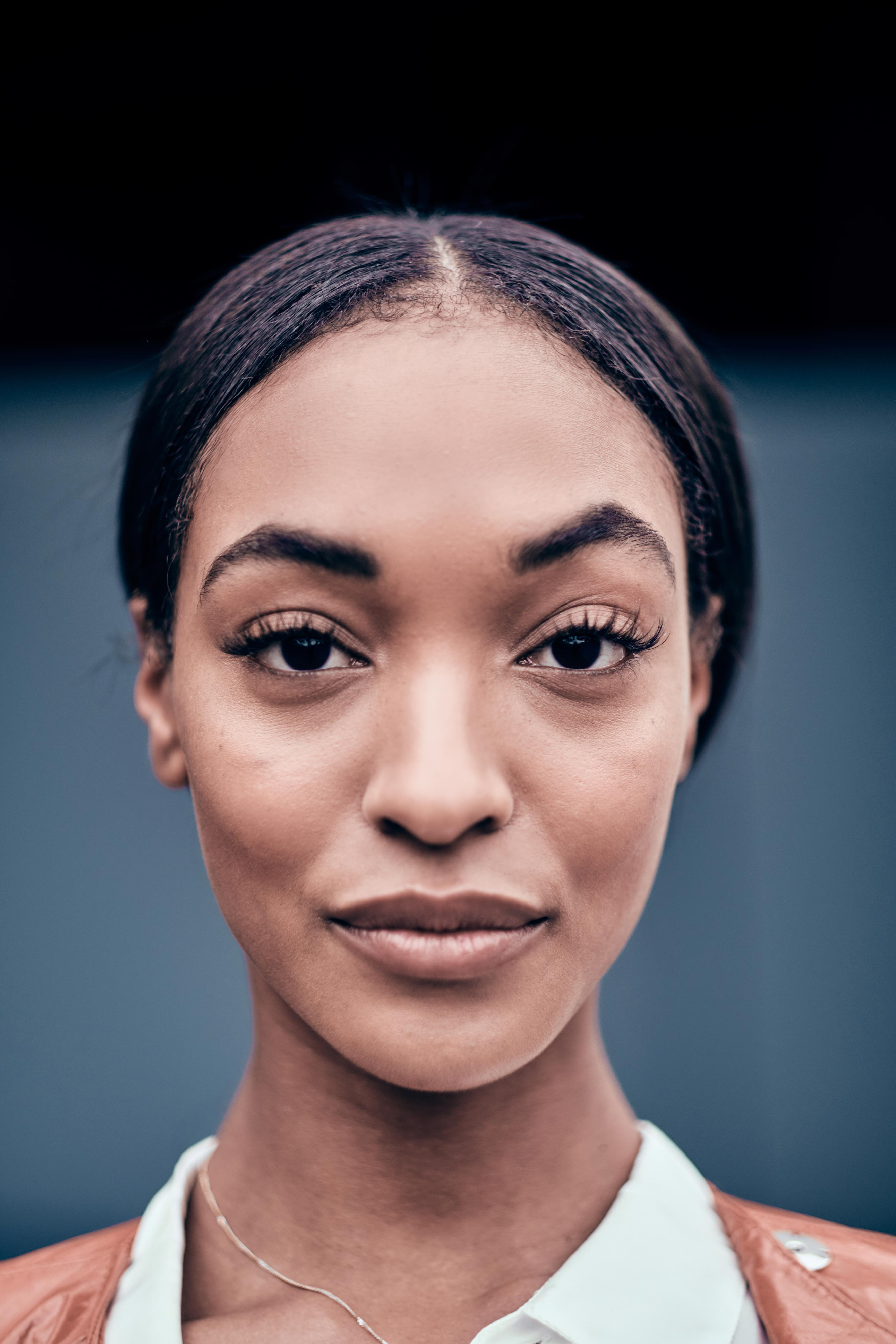 The 30-year old daughter of father (?) and mother Dee Dunn Jourdan Dunn in 2021 photo. Jourdan Dunn earned a  million dollar salary - leaving the net worth at 12 million in 2021