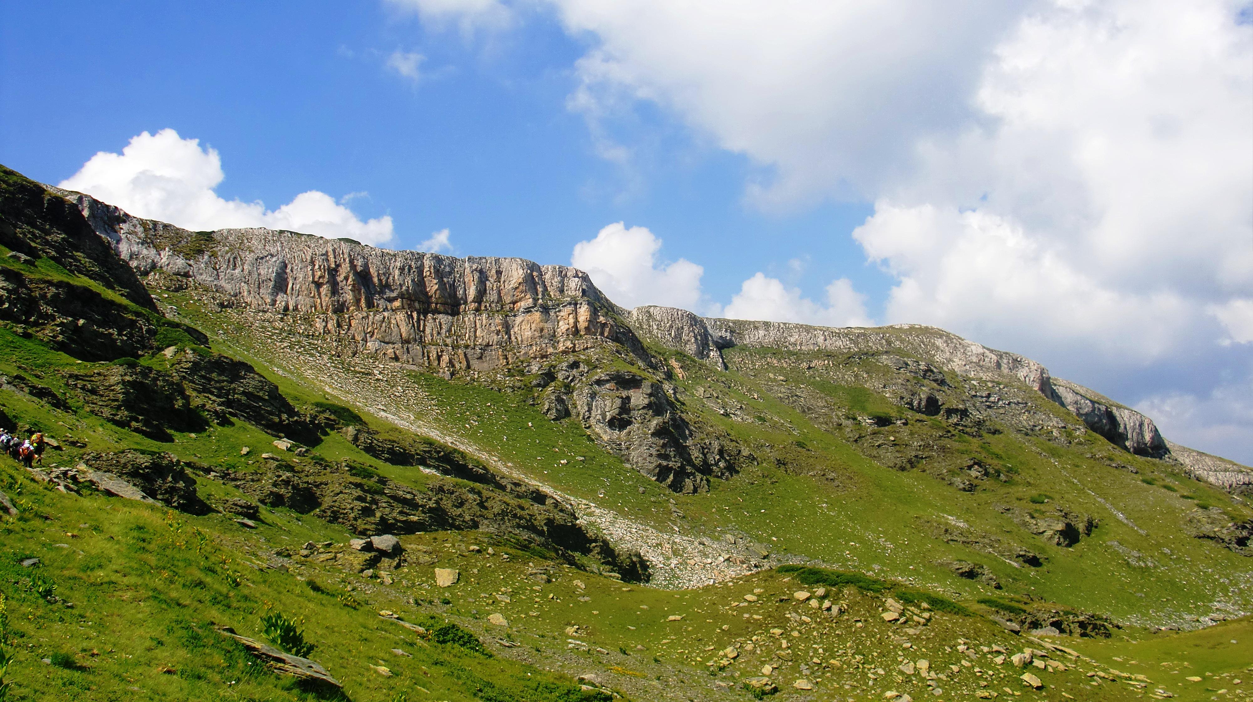 mountain and the greenary - photo #9