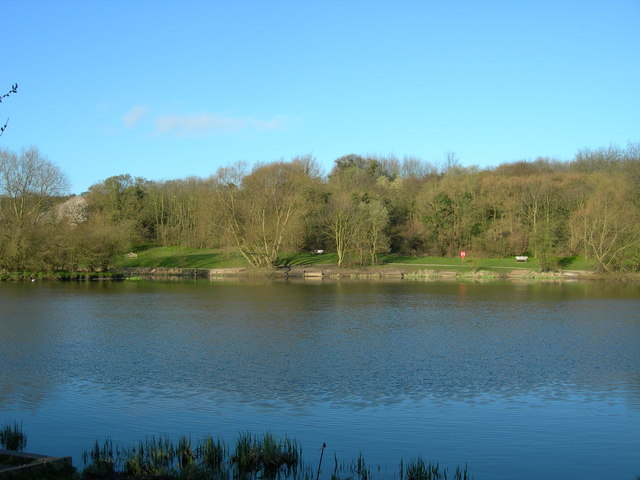 Lake in Capstone Farm Country Park - geograph.org.uk - 149519