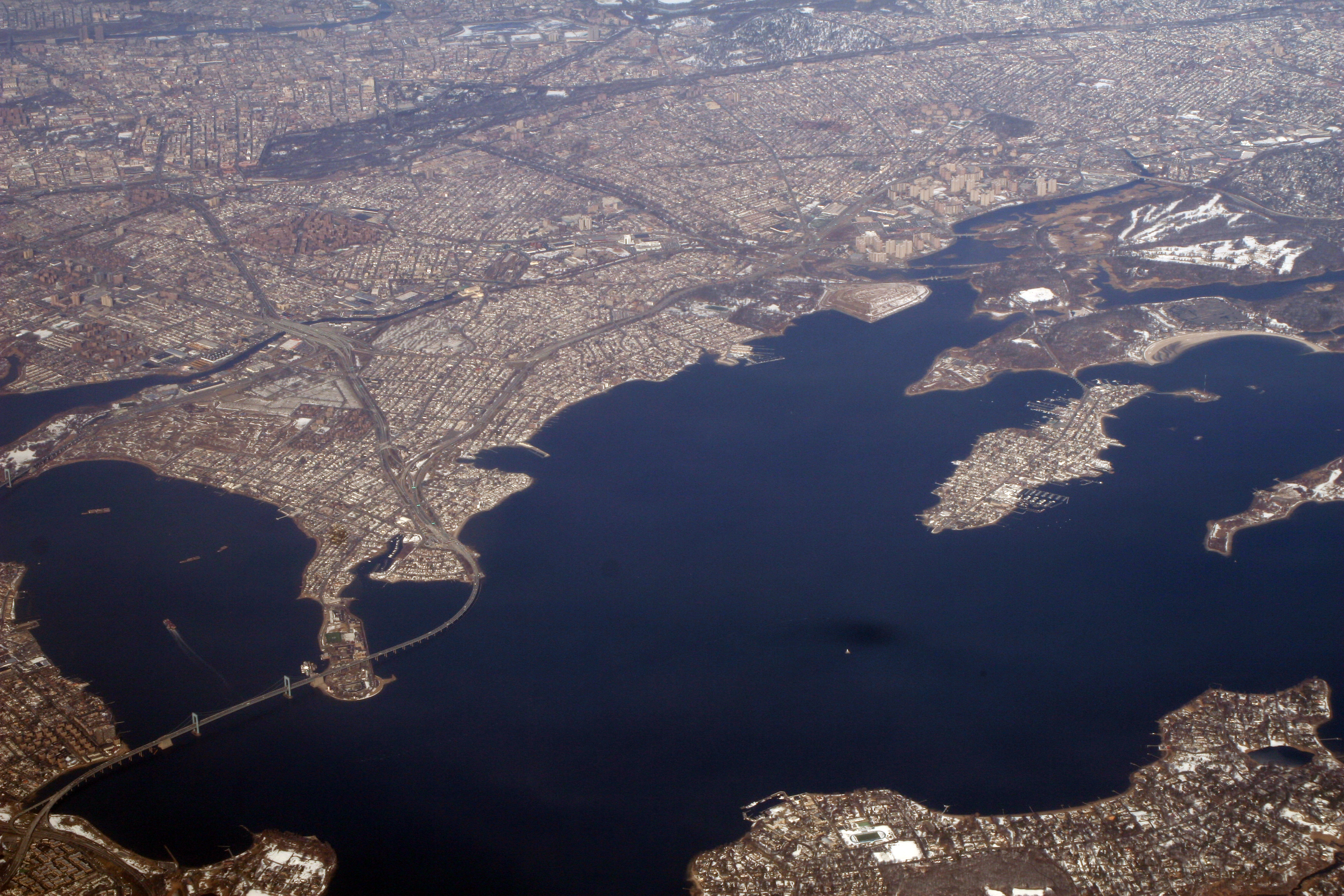Link to original Long Island Sound image from Wikimedia Commons.