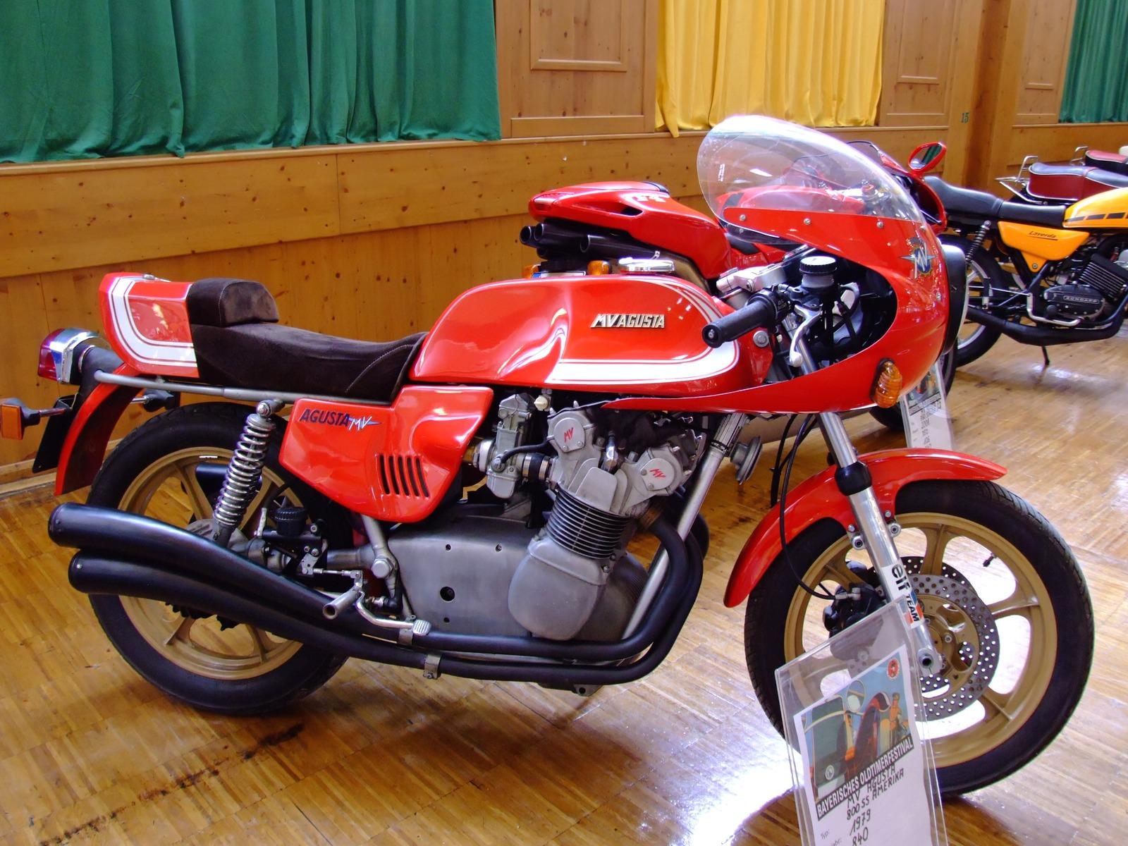 Ducati V Auspuff