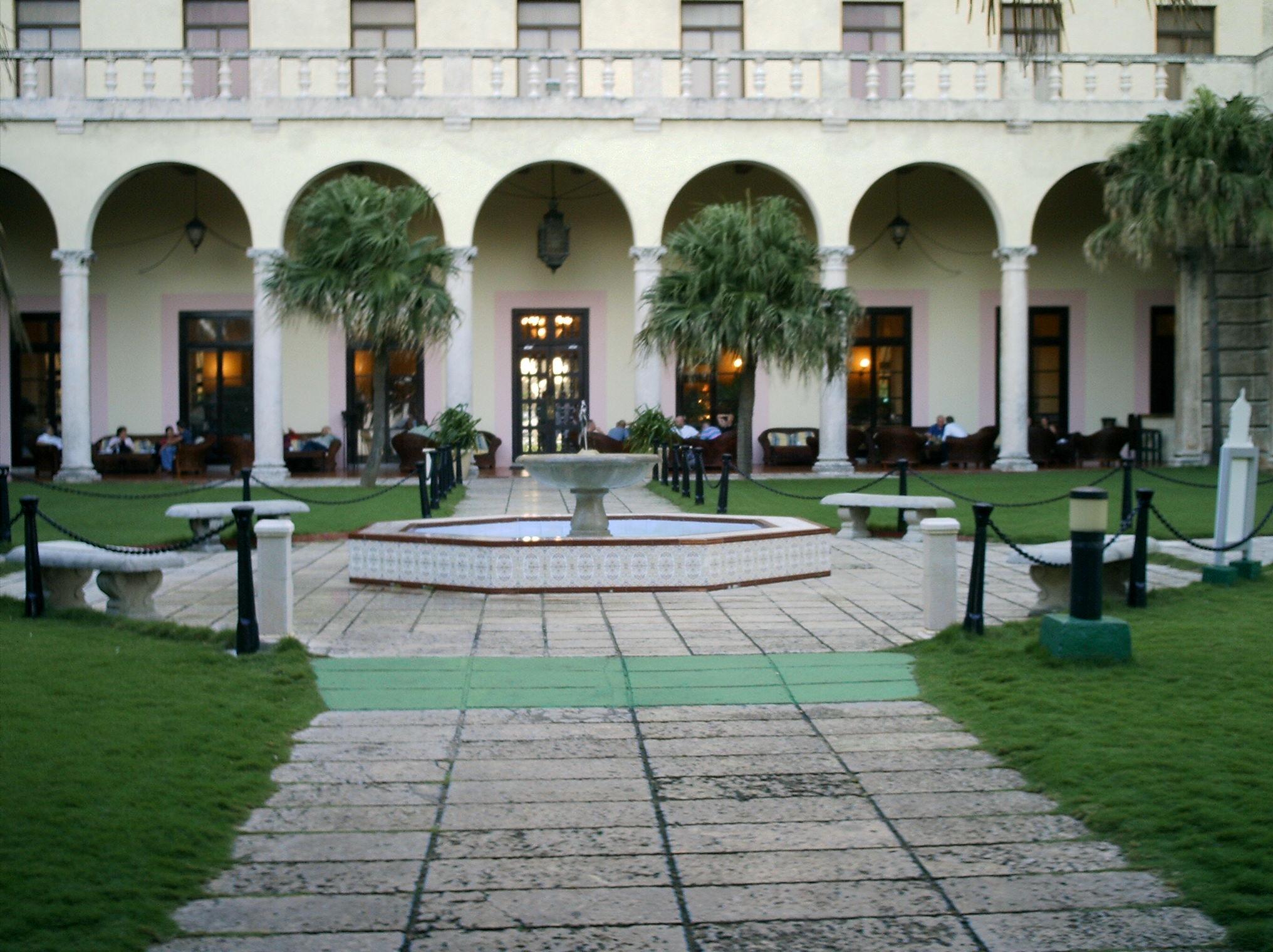 Hotel Nacional De Cuba Ashtray