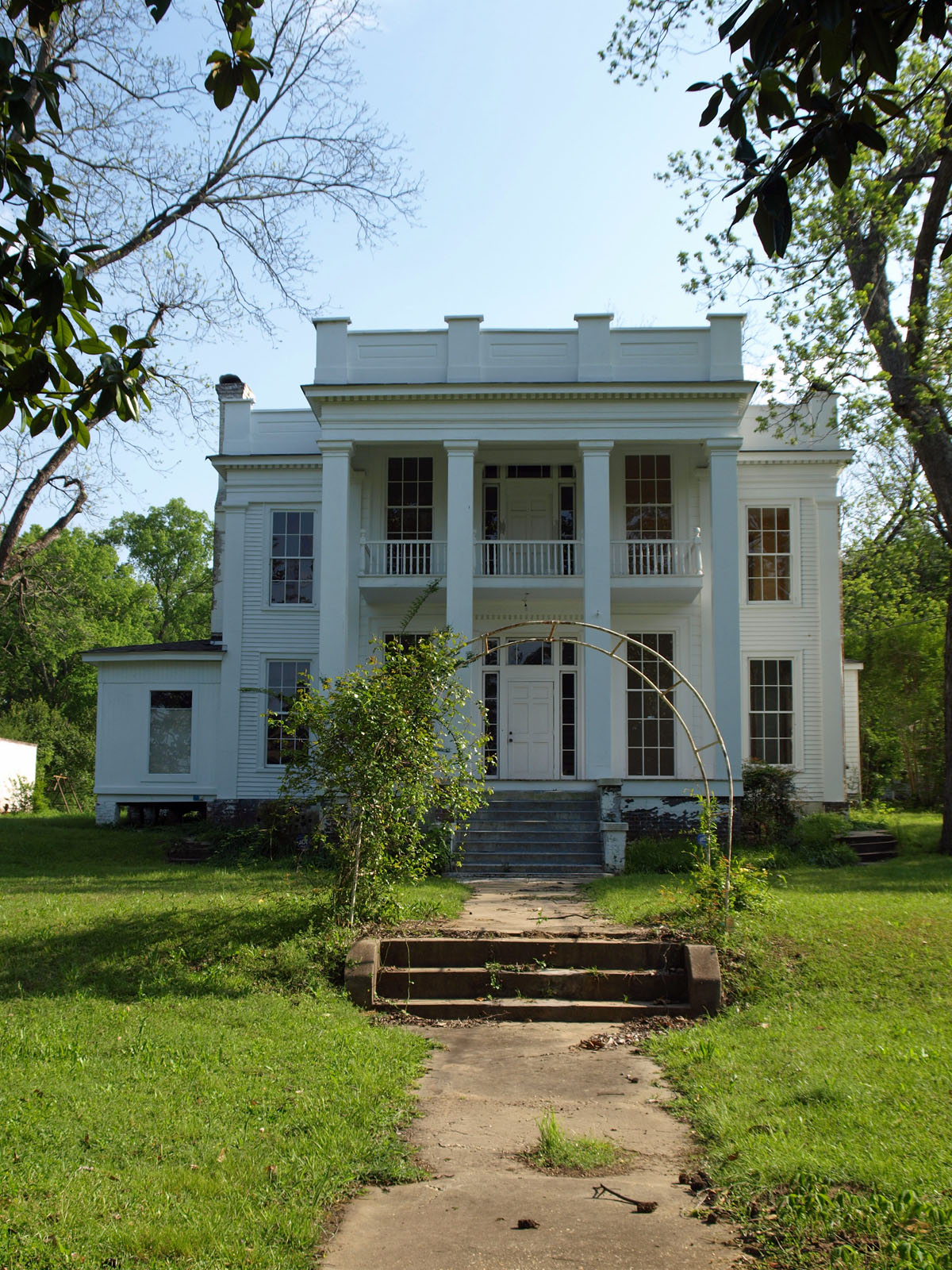 Mcbryde screws tyson house montgomery roadtrippers for Montgomery house