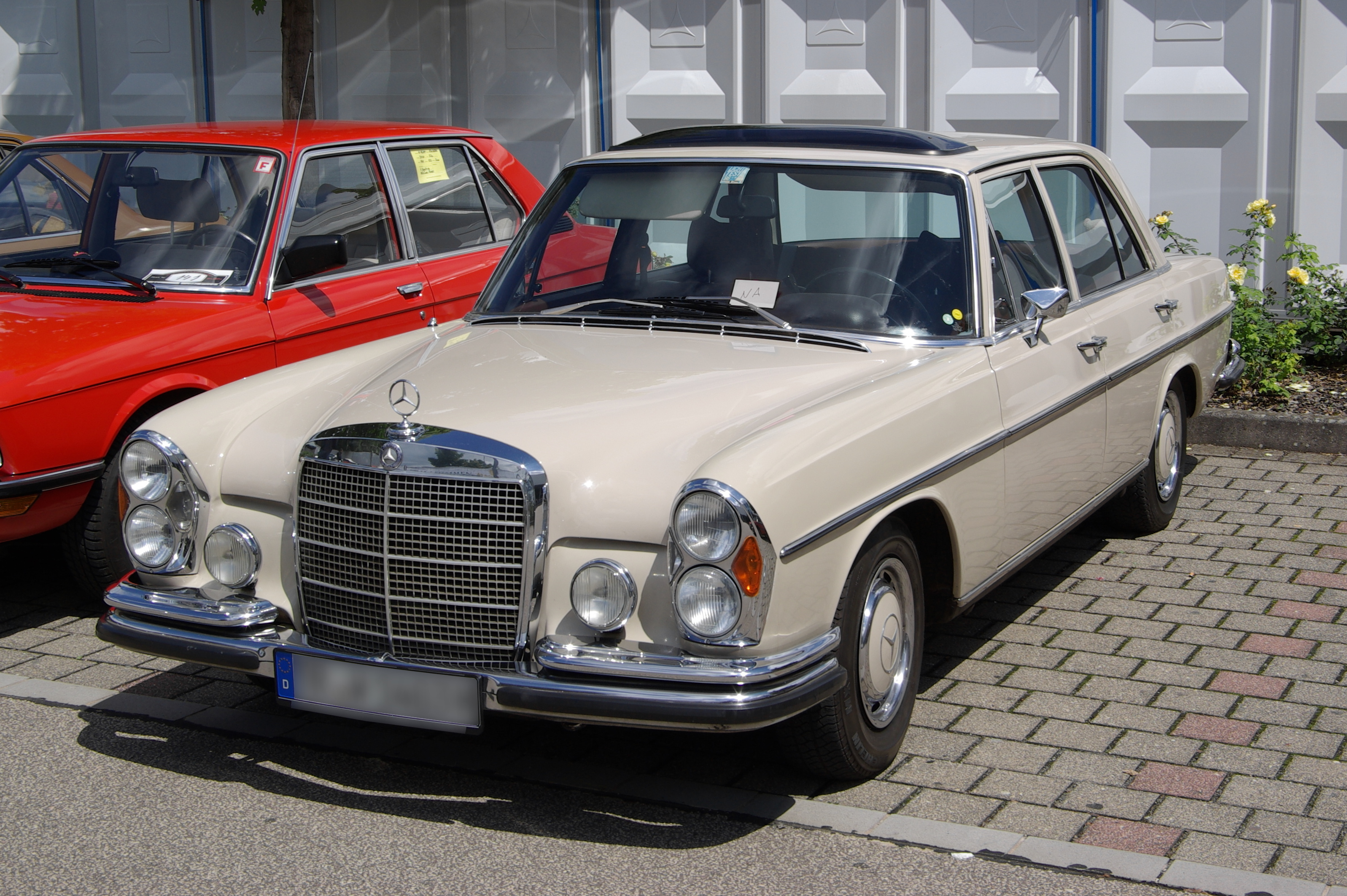 Mercedes s klasse w108 on pinterest mercedes benz for Mercedes benz 07