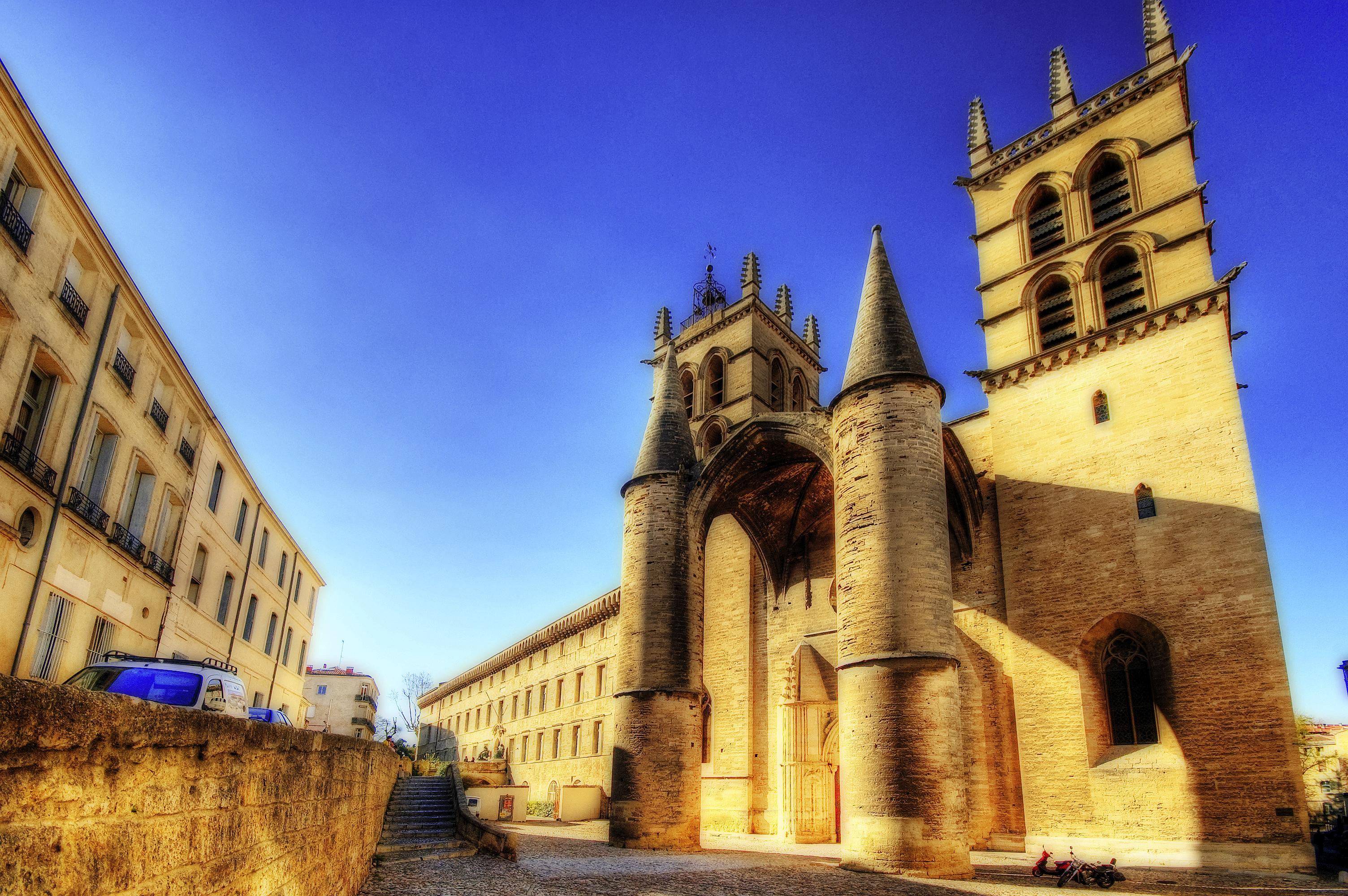 Montpellier cathedral - Cathedrale saint pierre de montpellier ...