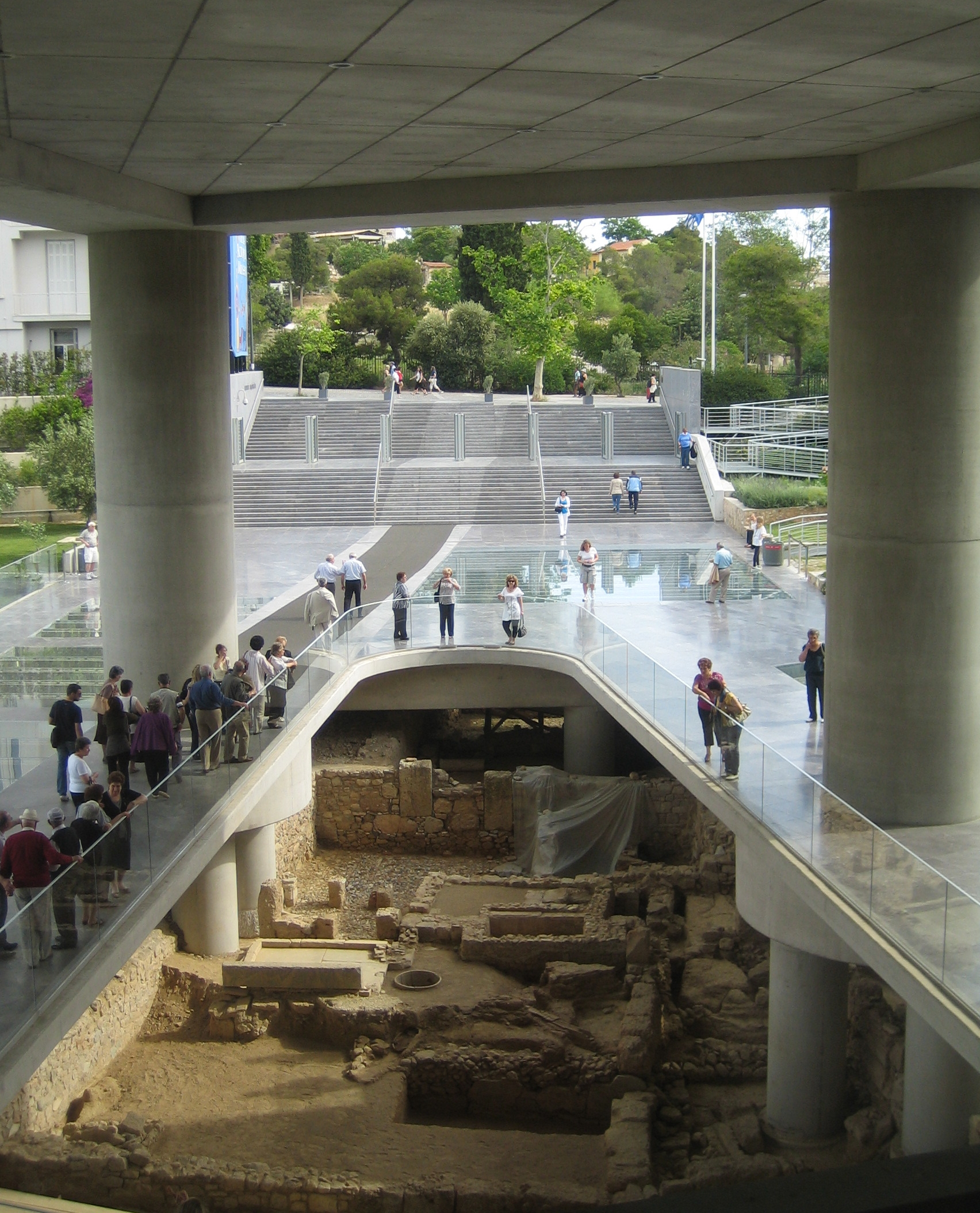File:New Acropolis Museum 6.jpg - Wikimedia Commons