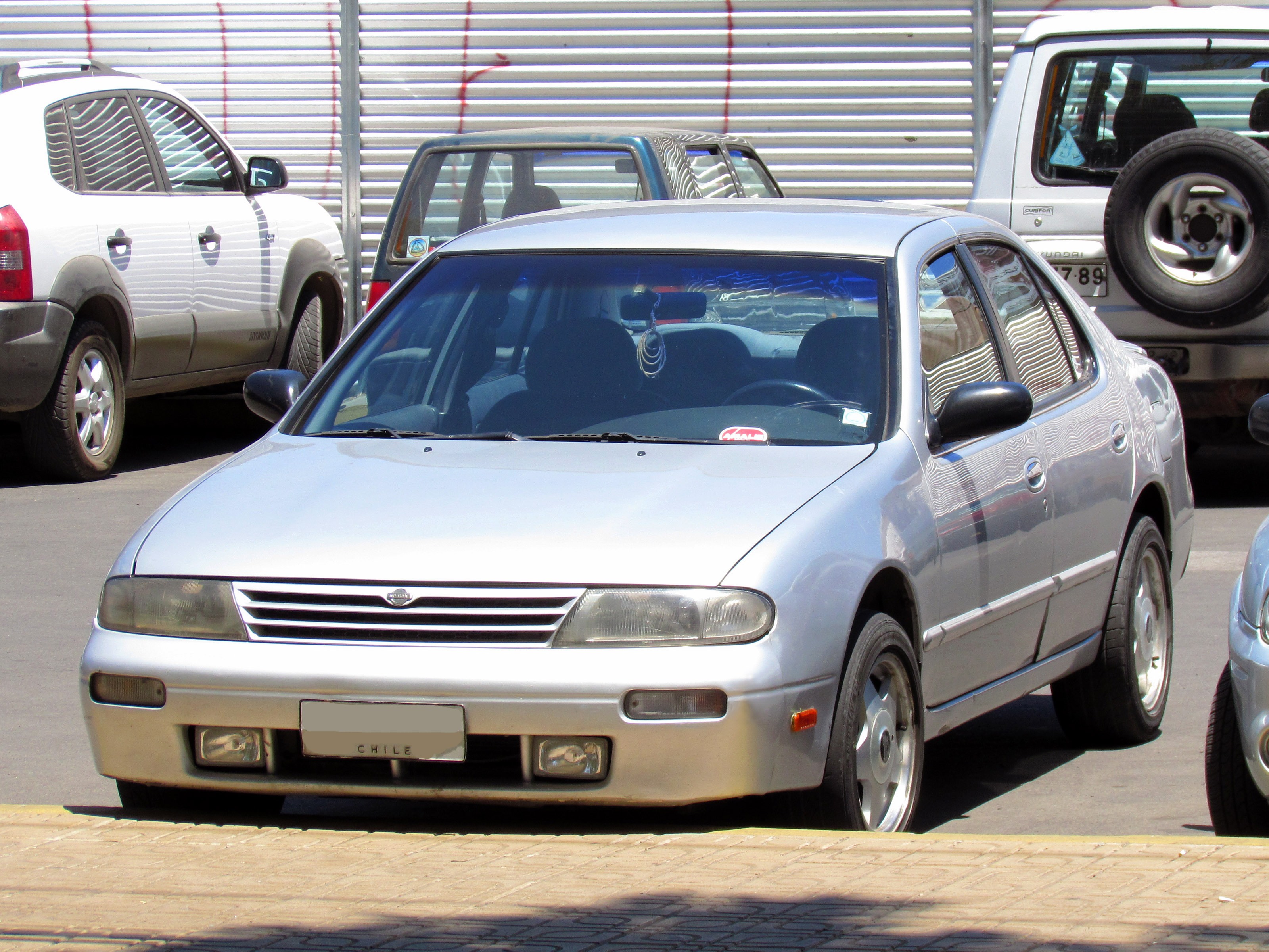 file:nissan altima 2.4 gxe 1995 (14676660319) - wikimedia commons