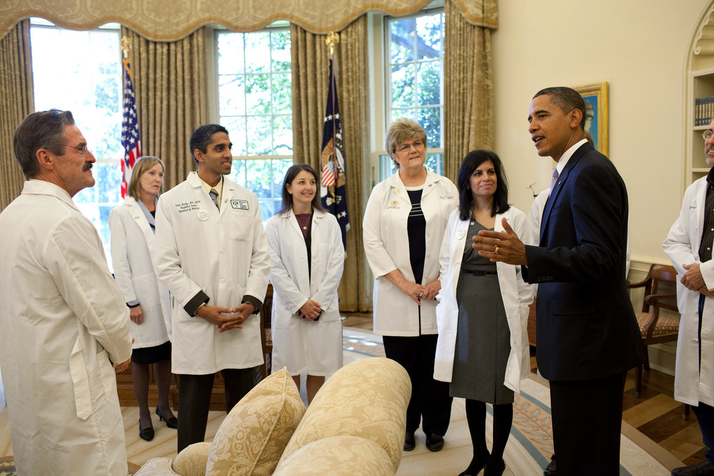 a description of the health insurance in the united states of america To all international students studying in the united states, the us health care   us america was placed at number 37 on a landmark world health organization .